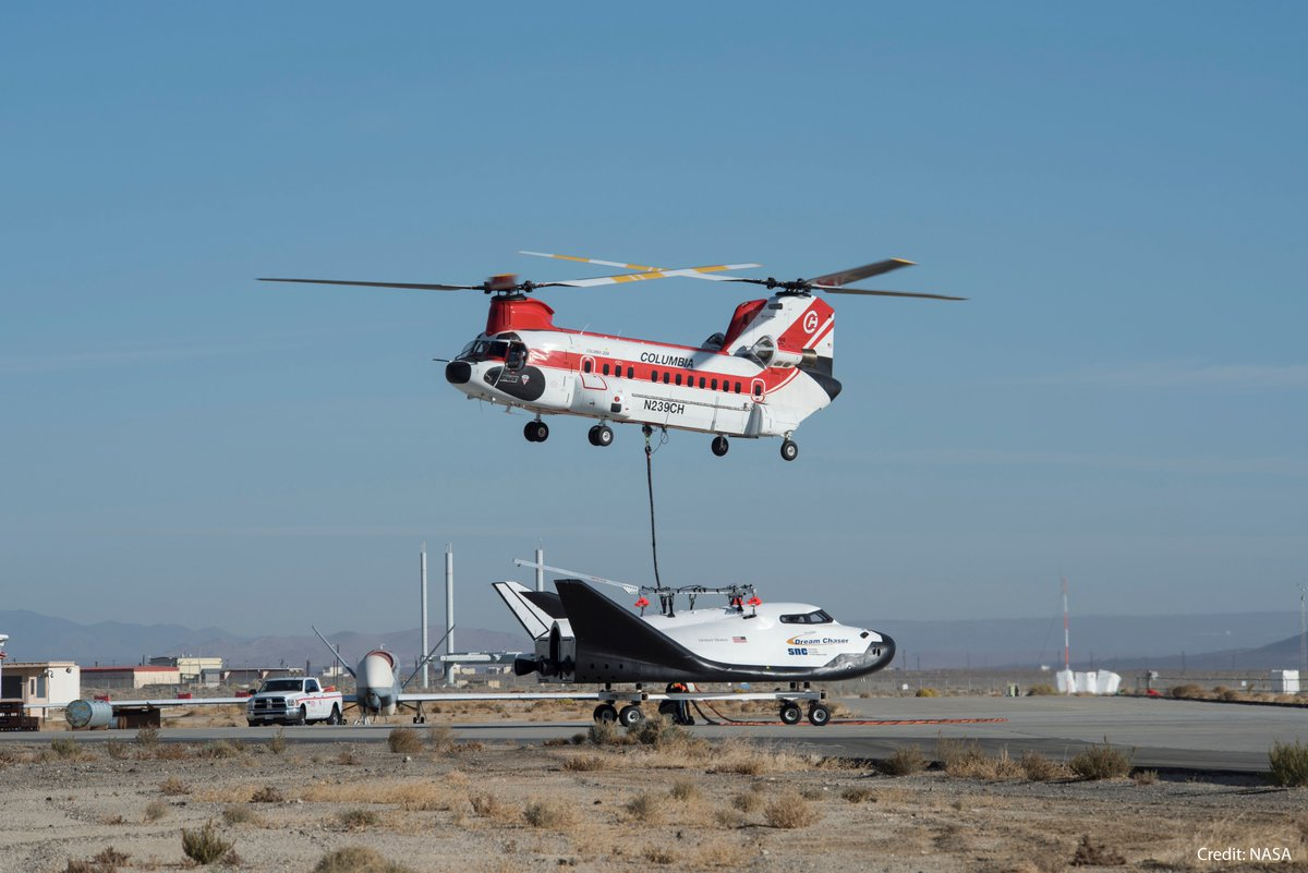 A Columbia Helicopters Model 234-UT Chinook was used to lift the Dream Chaser test article off the ground for the free-flight test. Credit: NASA