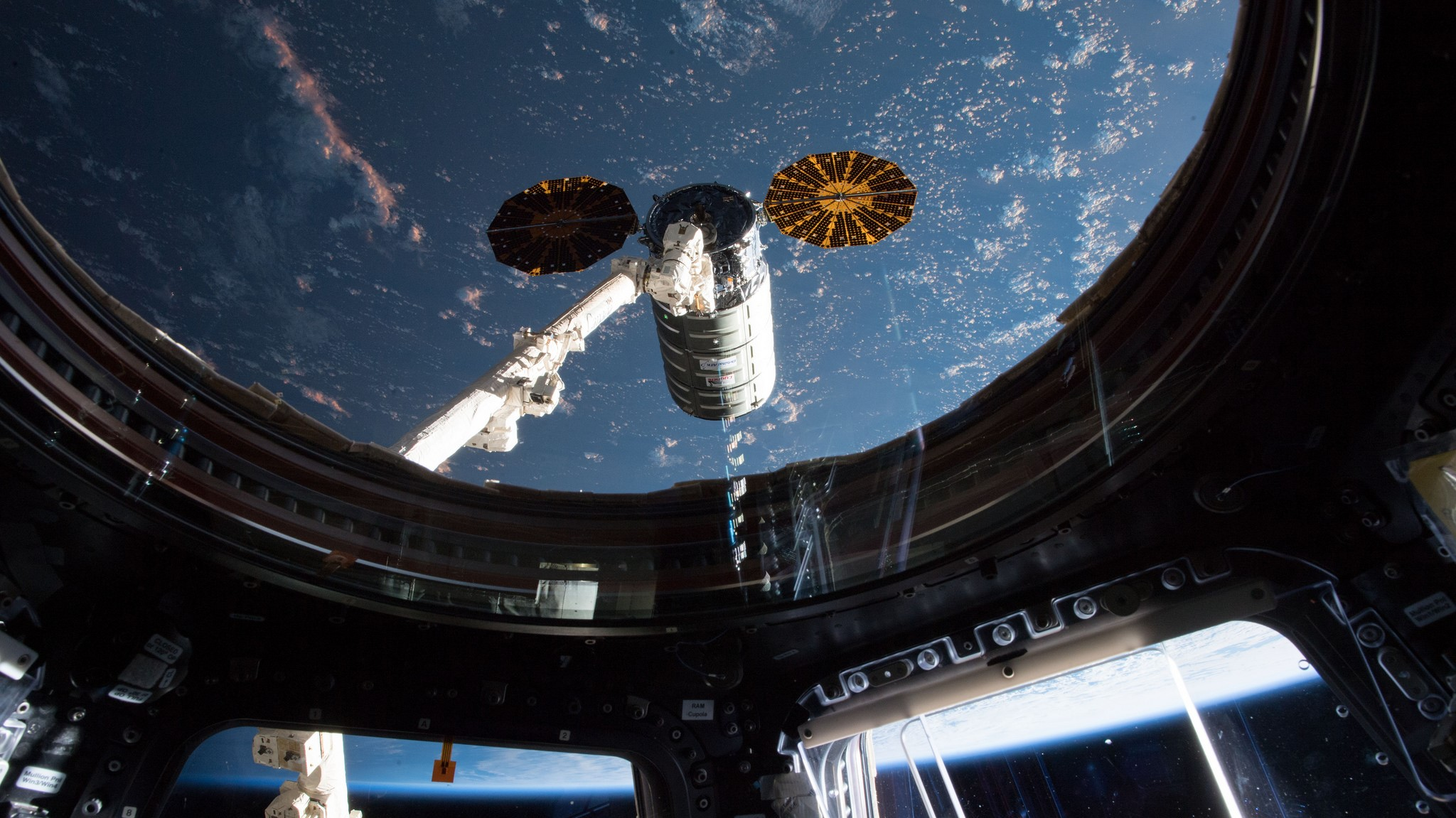 OA-9 Cygnus as seen during its arrival at the ISS on May 24, 2018. Credit: NASA