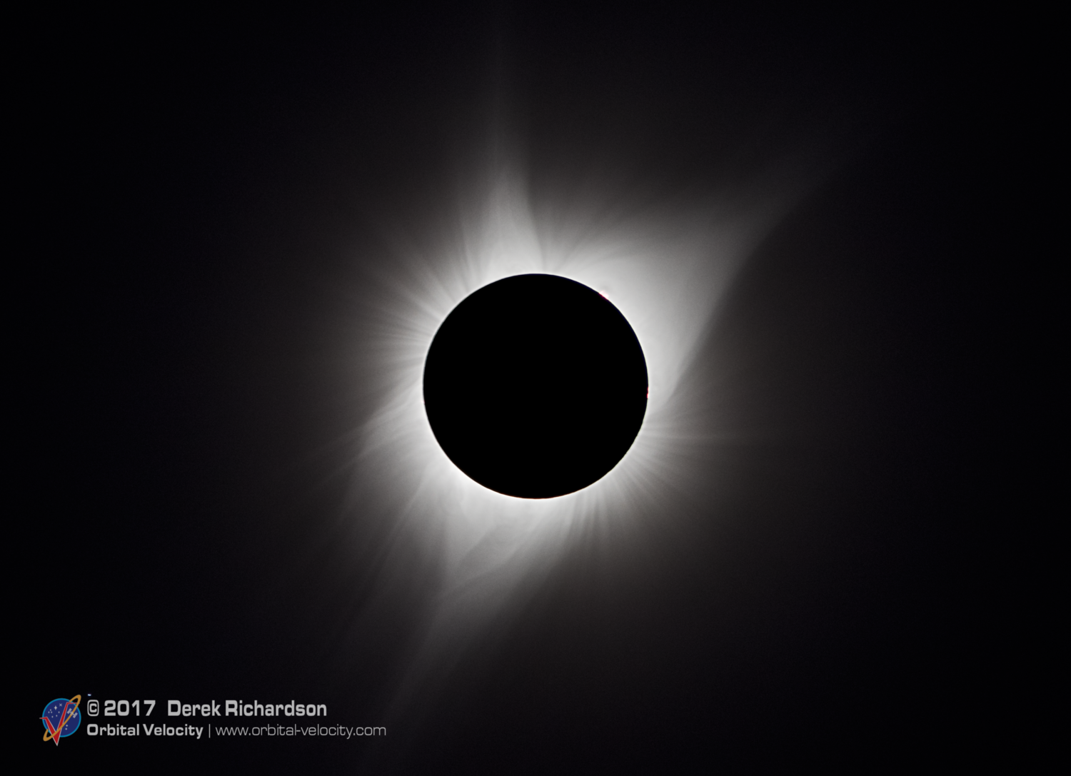 A composite of several exposures of totality. While human eyes can see a wide range of details, it is difficult for one image to capture the full scope of the eclipse. In reality, it often requires multiple exposures stacked on top of each other. Photo Credit: Orbital Velocity/Derek Richardson