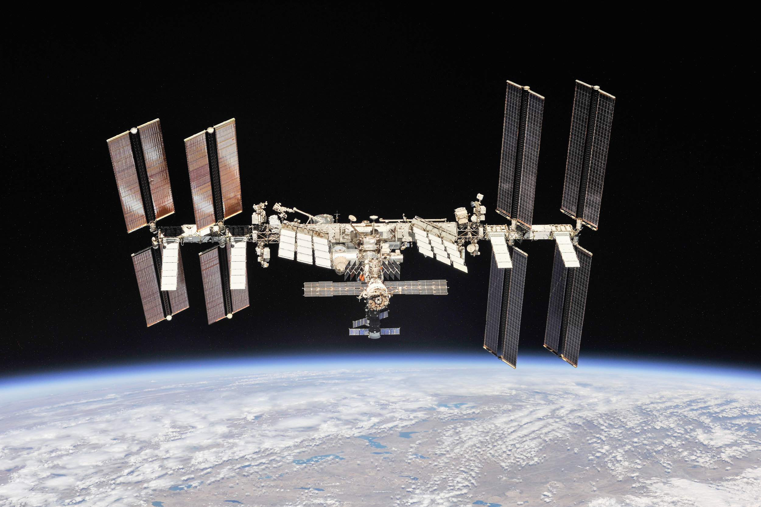 the-international-space-station-as-of-oct-4-2018_44911446704_o.jpg