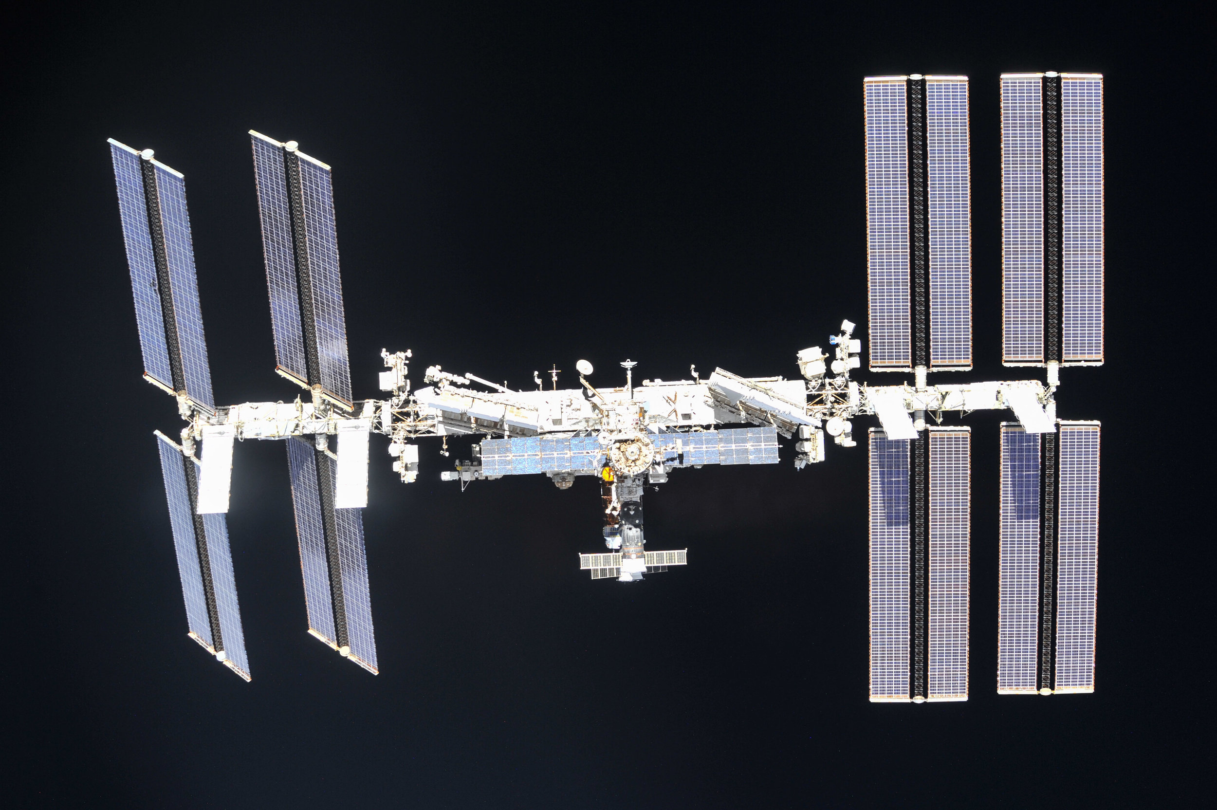the-international-space-station-as-of-oct-4-2018_45585669022_o.jpg