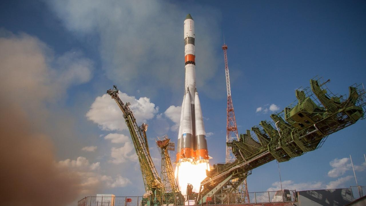 Progress MS-12 launches atop a Soyuz 2.1a rocket from Baikonur Cosmodrome in Kazakhstan. Credit: Roscosmos
