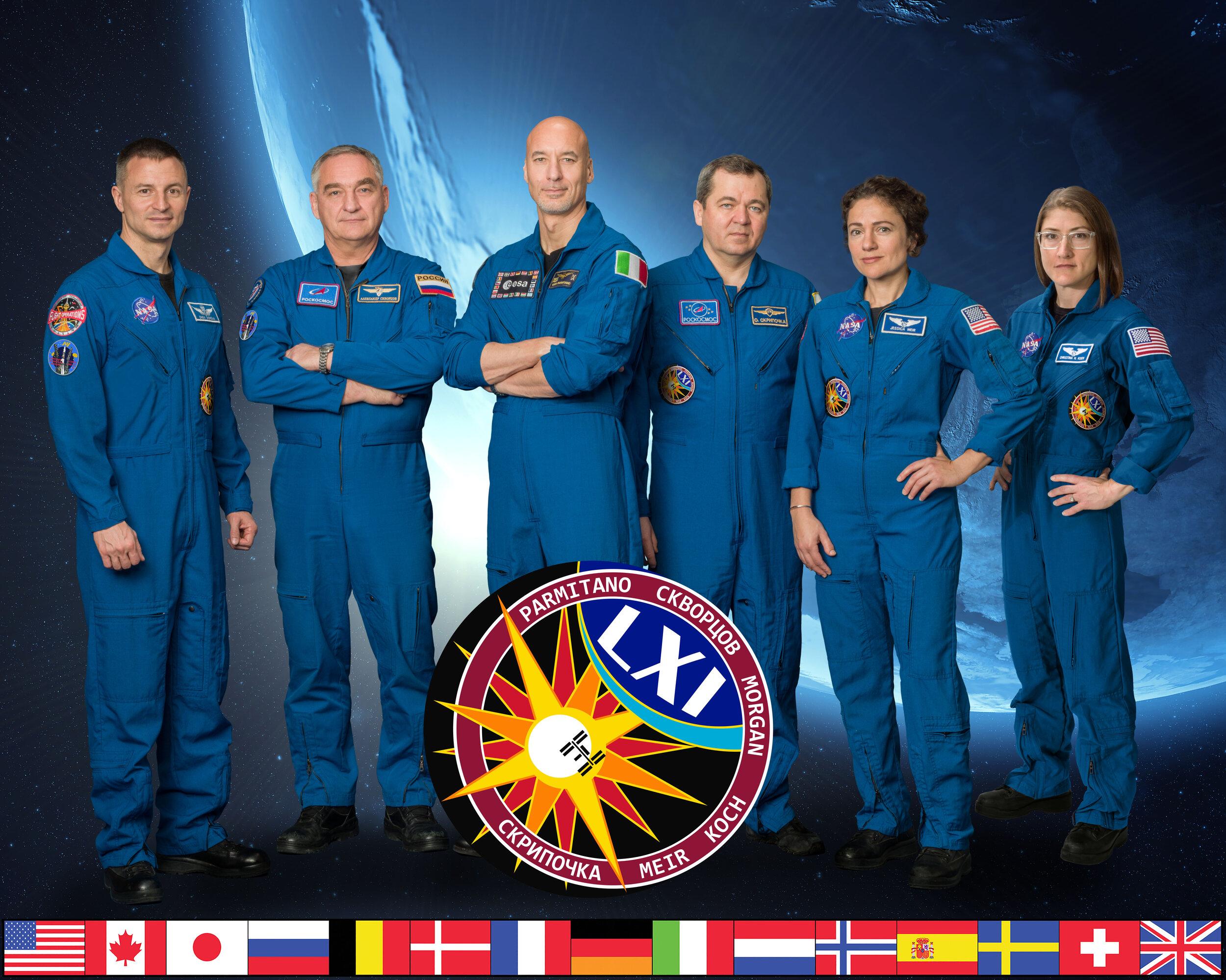 Expedition_61_crew_portrait.jpg