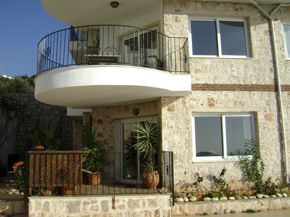 Accomodation Kas Turkey 2.jpg