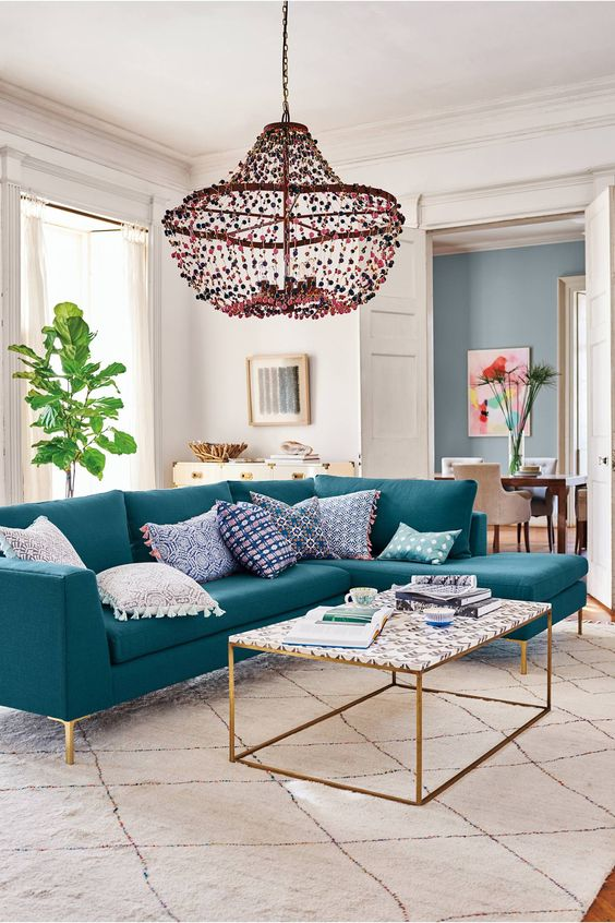 SOURCE: CHANDELIER BY ANTHROPOLOGIE