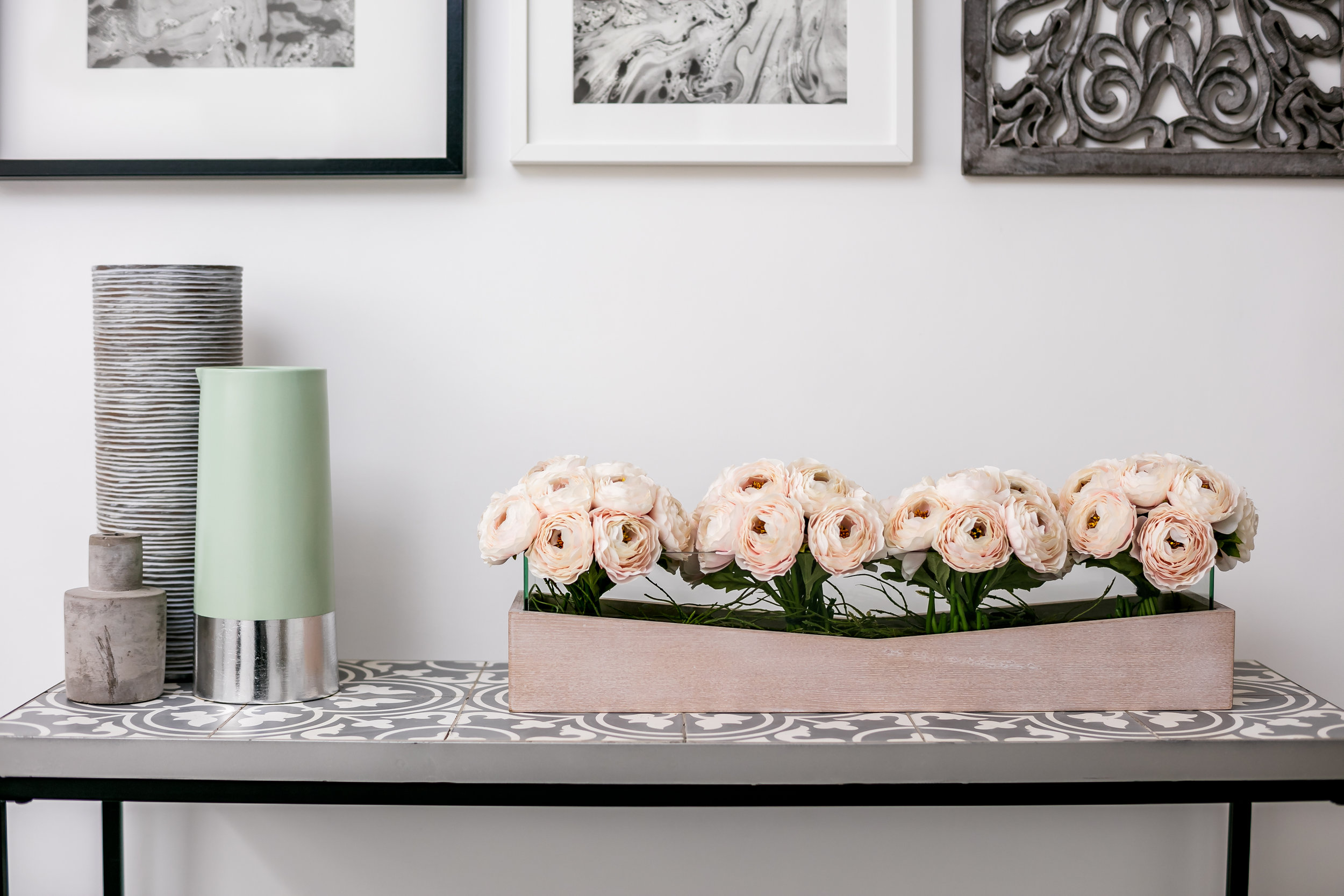TIP  -Investing in flowers fresh or artificial are simple way to life the mood of room.