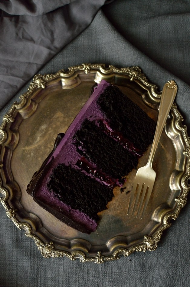 Deliciously Dark Cake from Domestic Gothess
