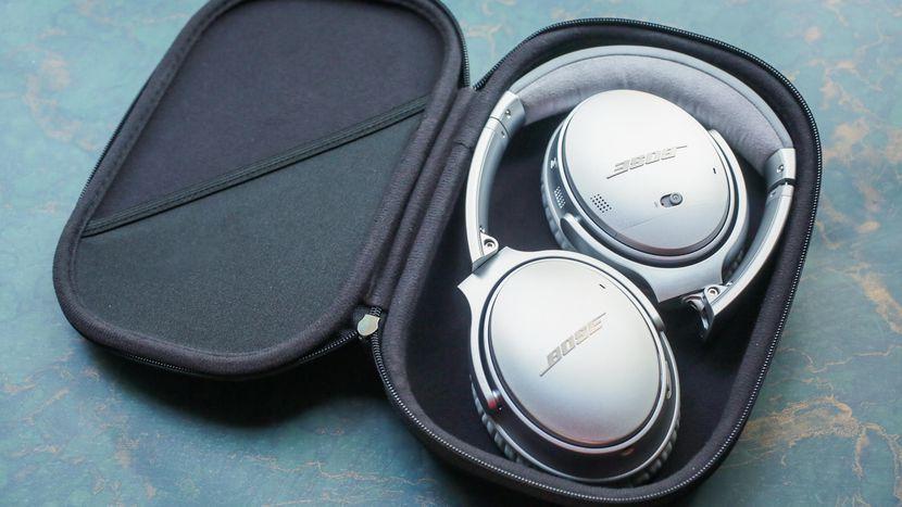 Bose QuietComfort 35 Series II Wireless Headphones.jpg