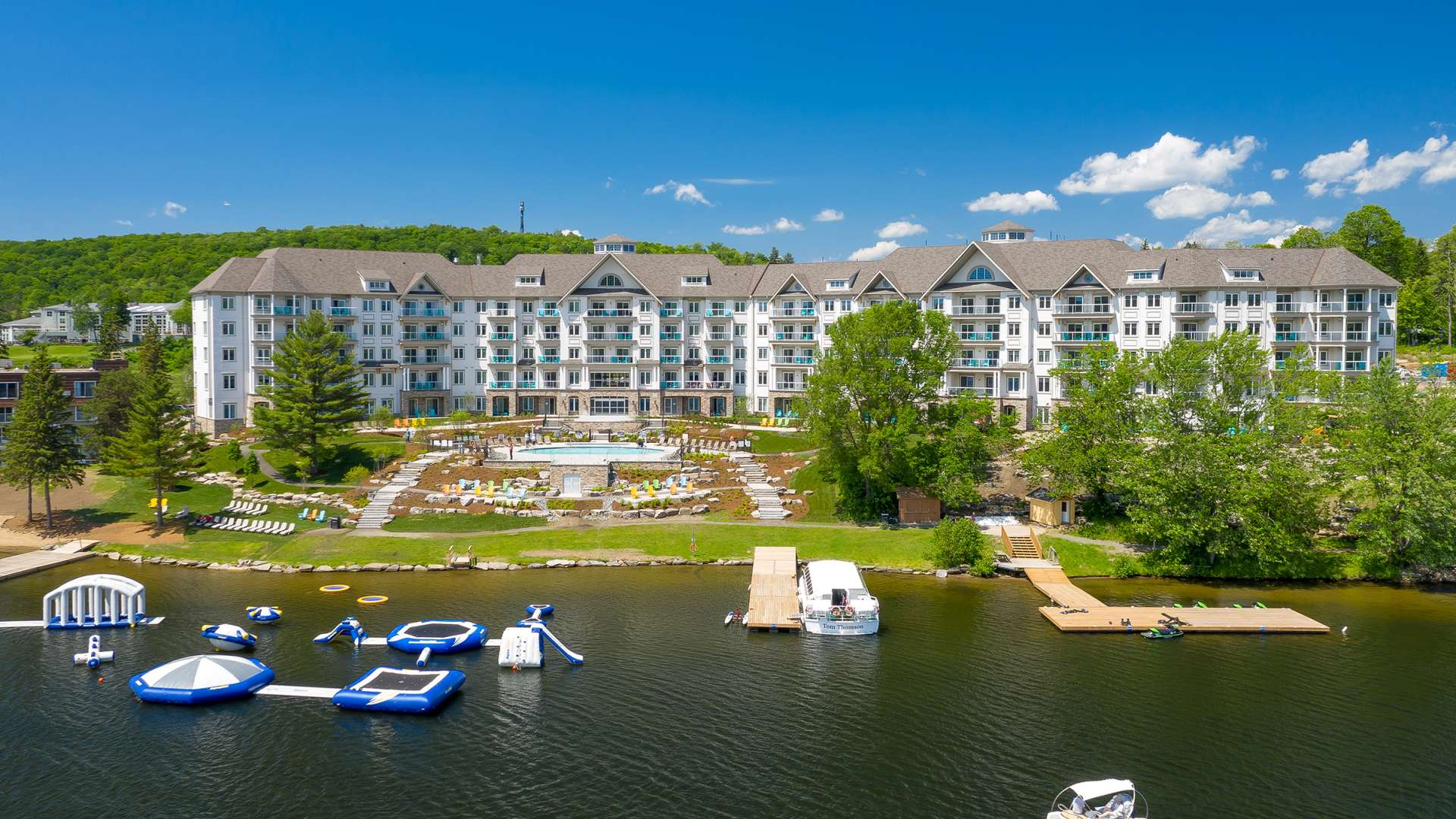 New Lakeside Lodge Deerhurst Resort