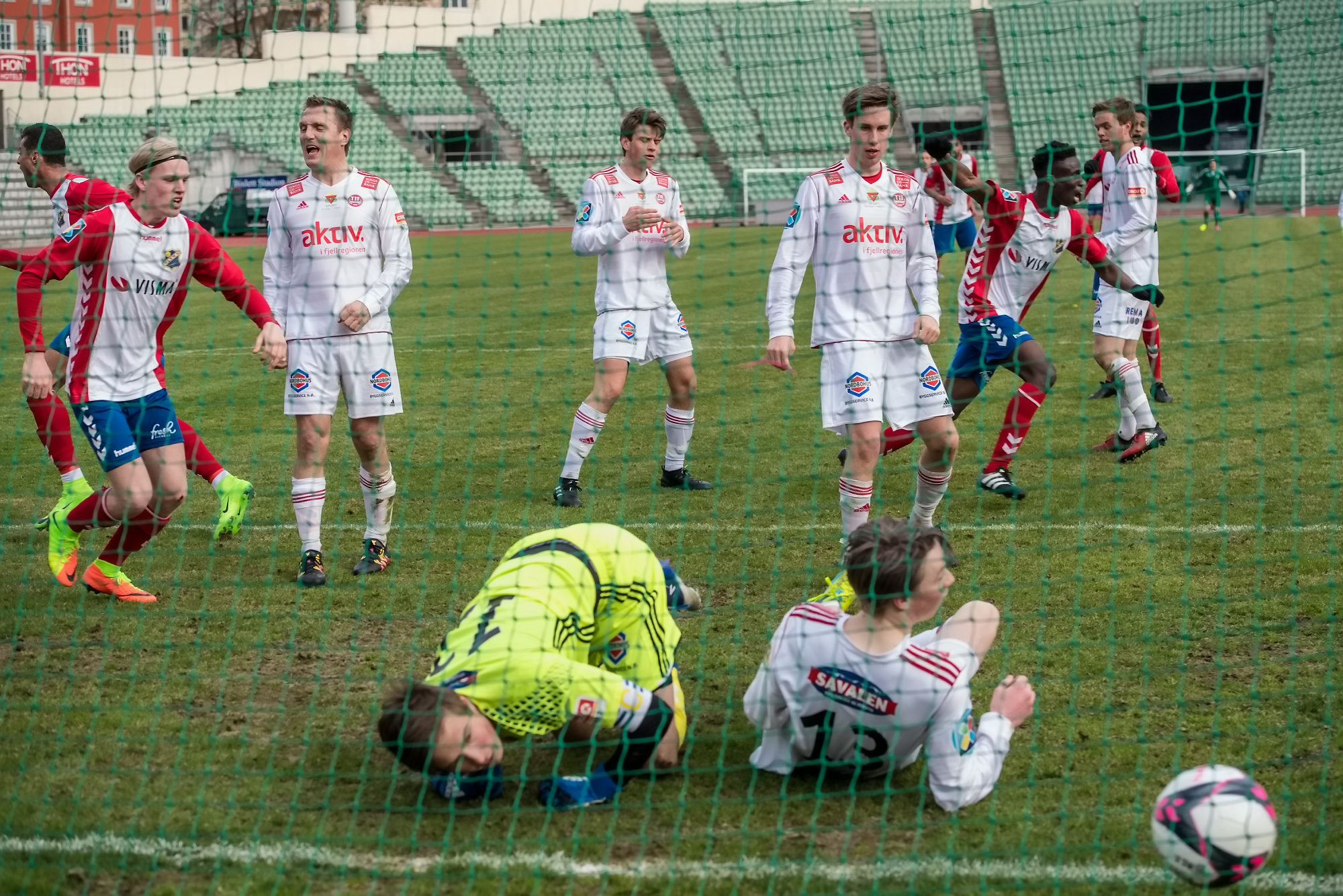 Conde scoret i debuten på Bislett, uten at vi helt vet hvordan (foto: Lars Opstad/www.kladd.no)