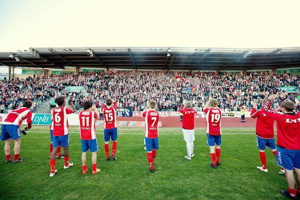 Gode minner også fra Bislett. Bastionen fylte Store Stå til randen da Lyn tok imot VIF i cupen 1. mai 2012. (Foto: BillyBonkers)
