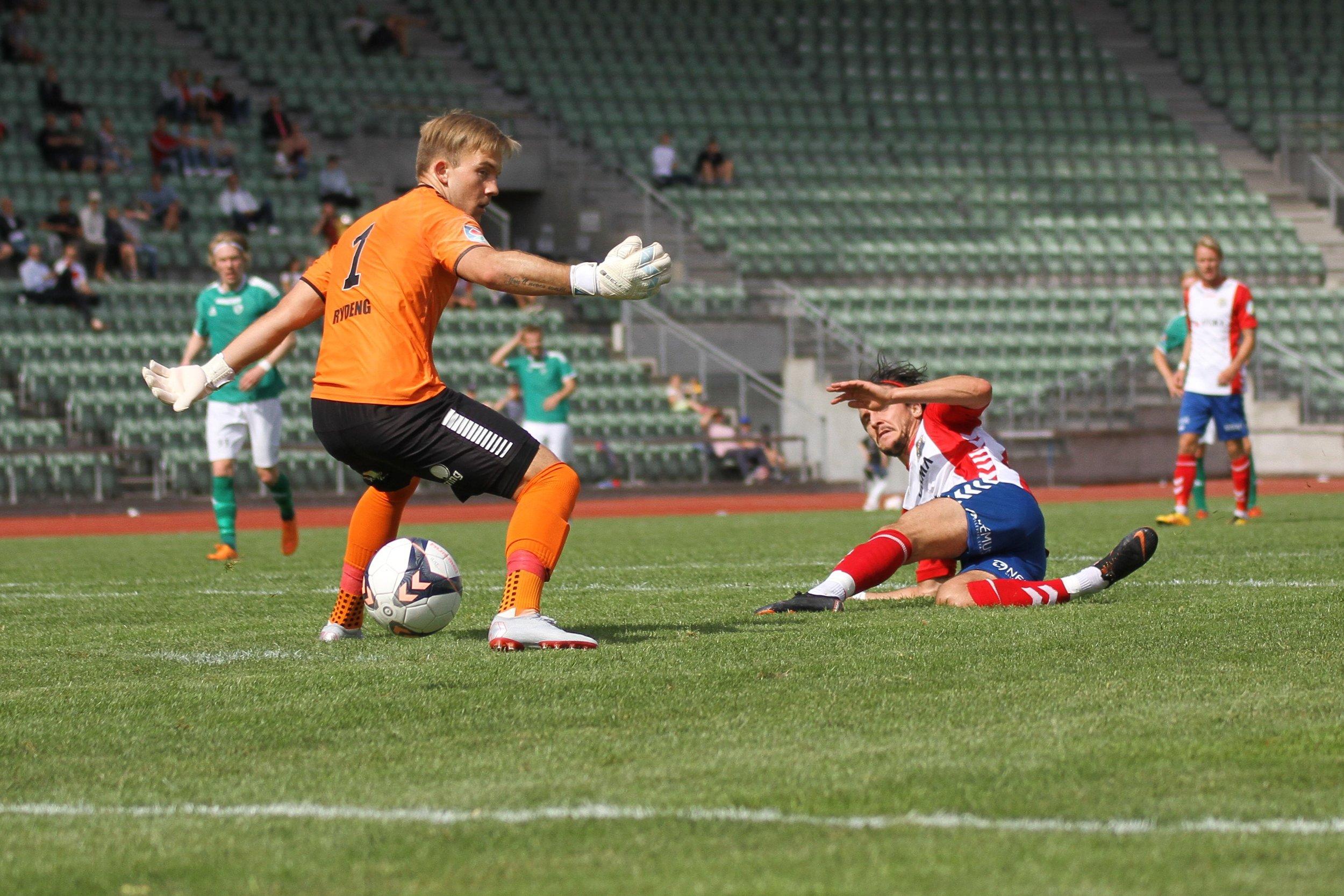 Christoffer Simensen har scoret seks mål på fire Lyn-kamper i år
