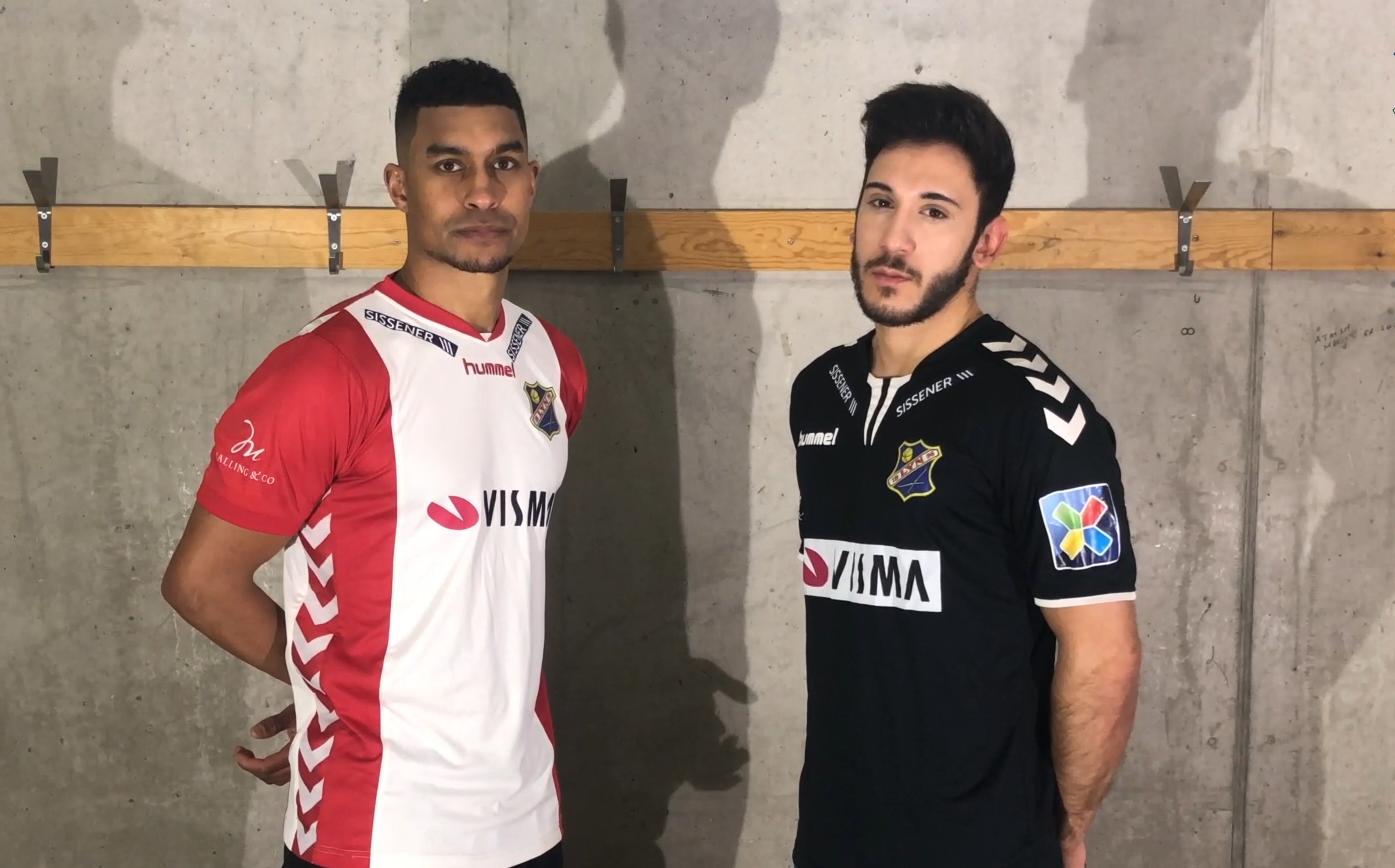 Demba Traoré og Orhan Simsek klare for Lyn i 2019. Foto: Lyn1896.no