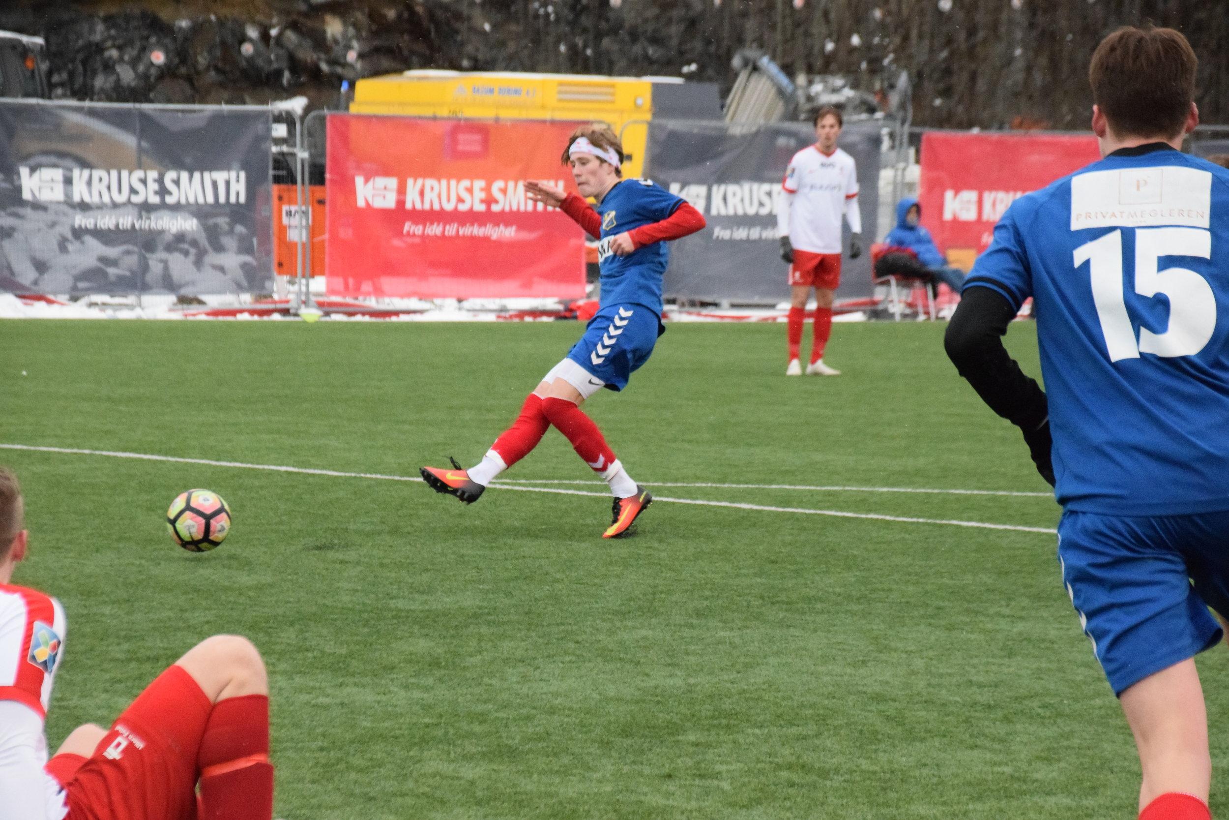 Her setter Axel Wannerstedt den avgjørende 3-2 scoringen. Foto: Lyn1896.no