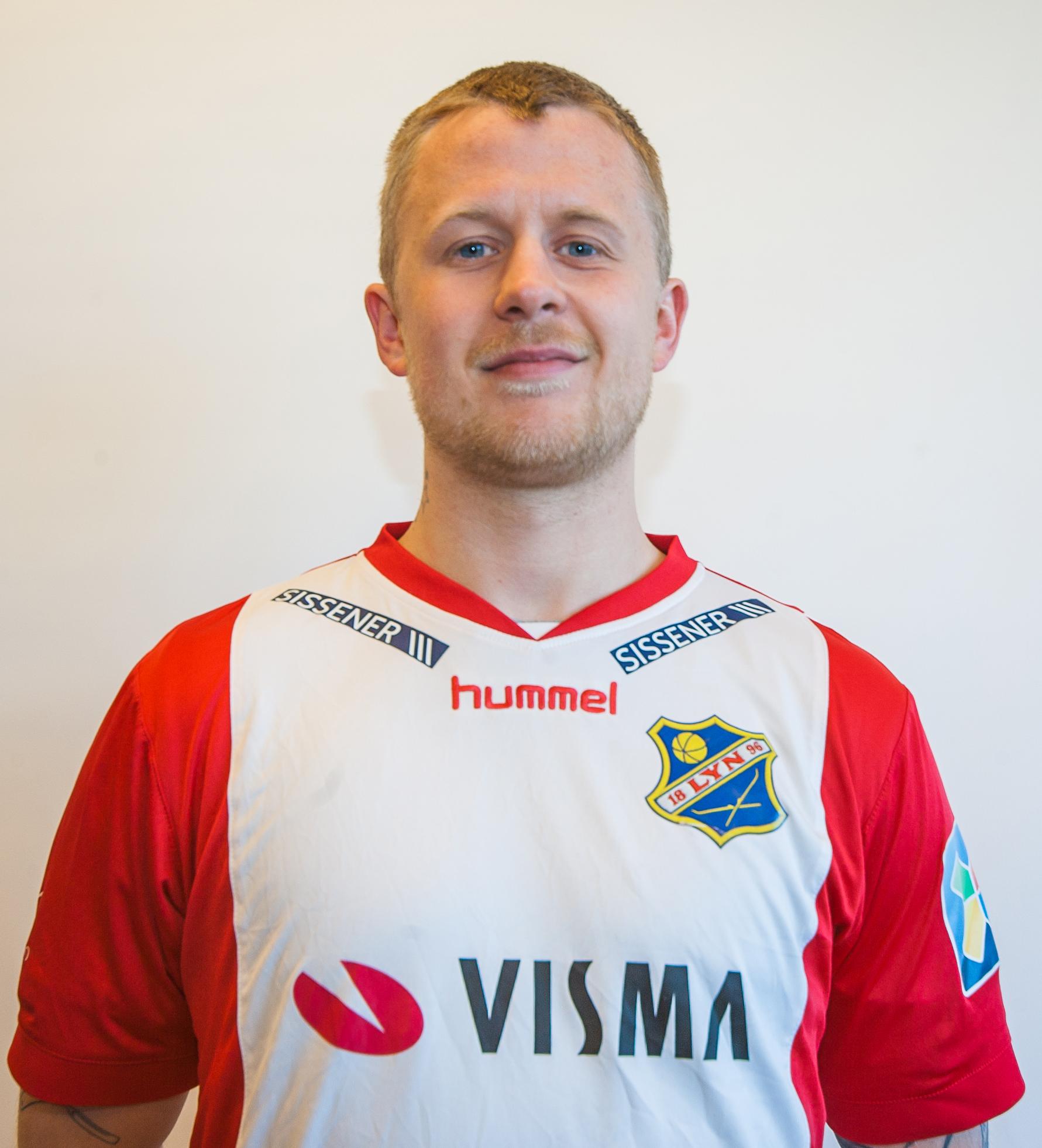 #8 - Posisjon: KantFødt: 05.01.91Fra: TromsøKom til Lyn: 2018Tidligere klubber: TUIL, Fløya, Senja, Kvik HaldenInstagram: @fredrikallertsenTwitter: @fredrikallerts