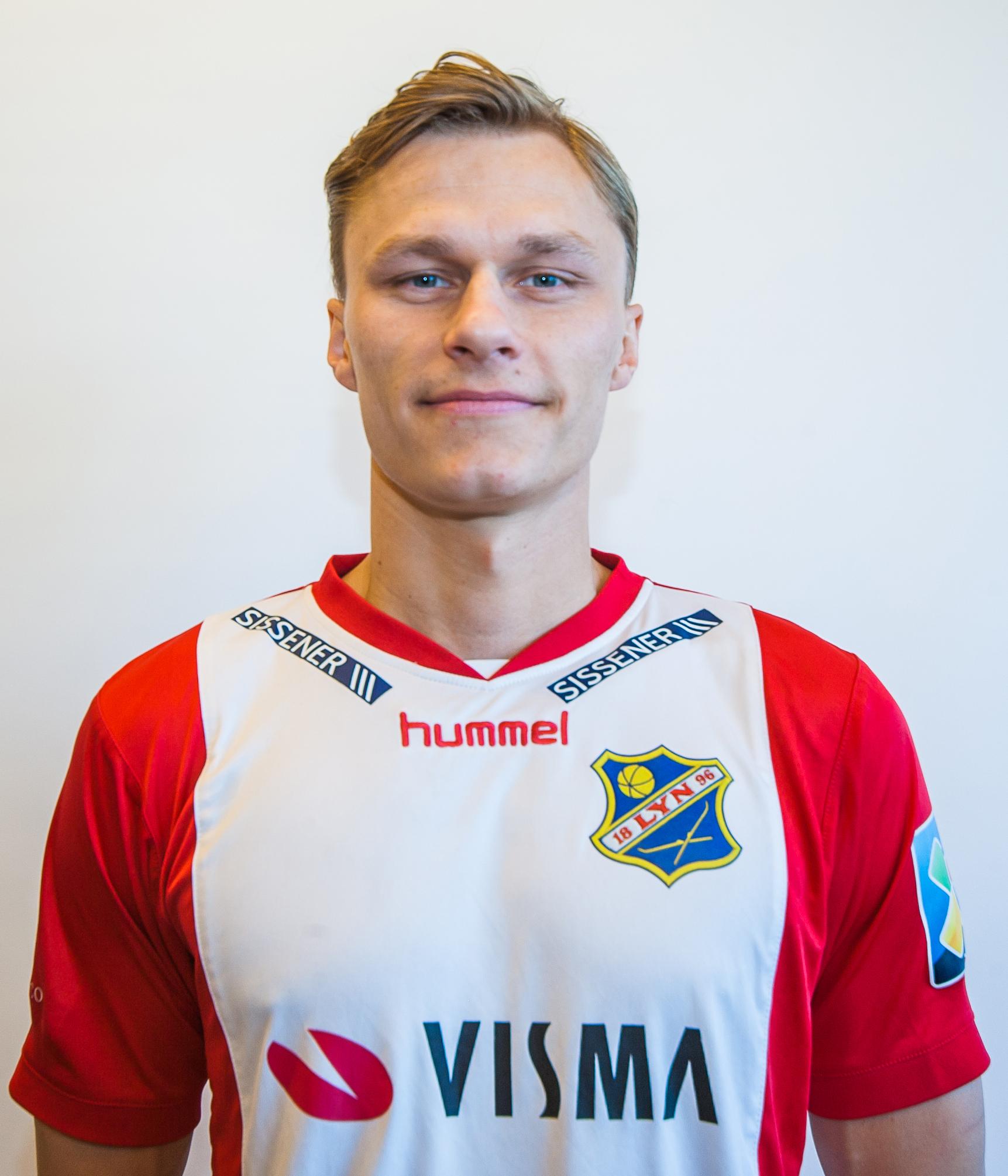 #6 - Posisjon: MidtbaneFødt: 29.05.93Fødested: FredrikstadTidligere klubber:FFK, Østsiden, KråkerøyInstagram: @elaabak