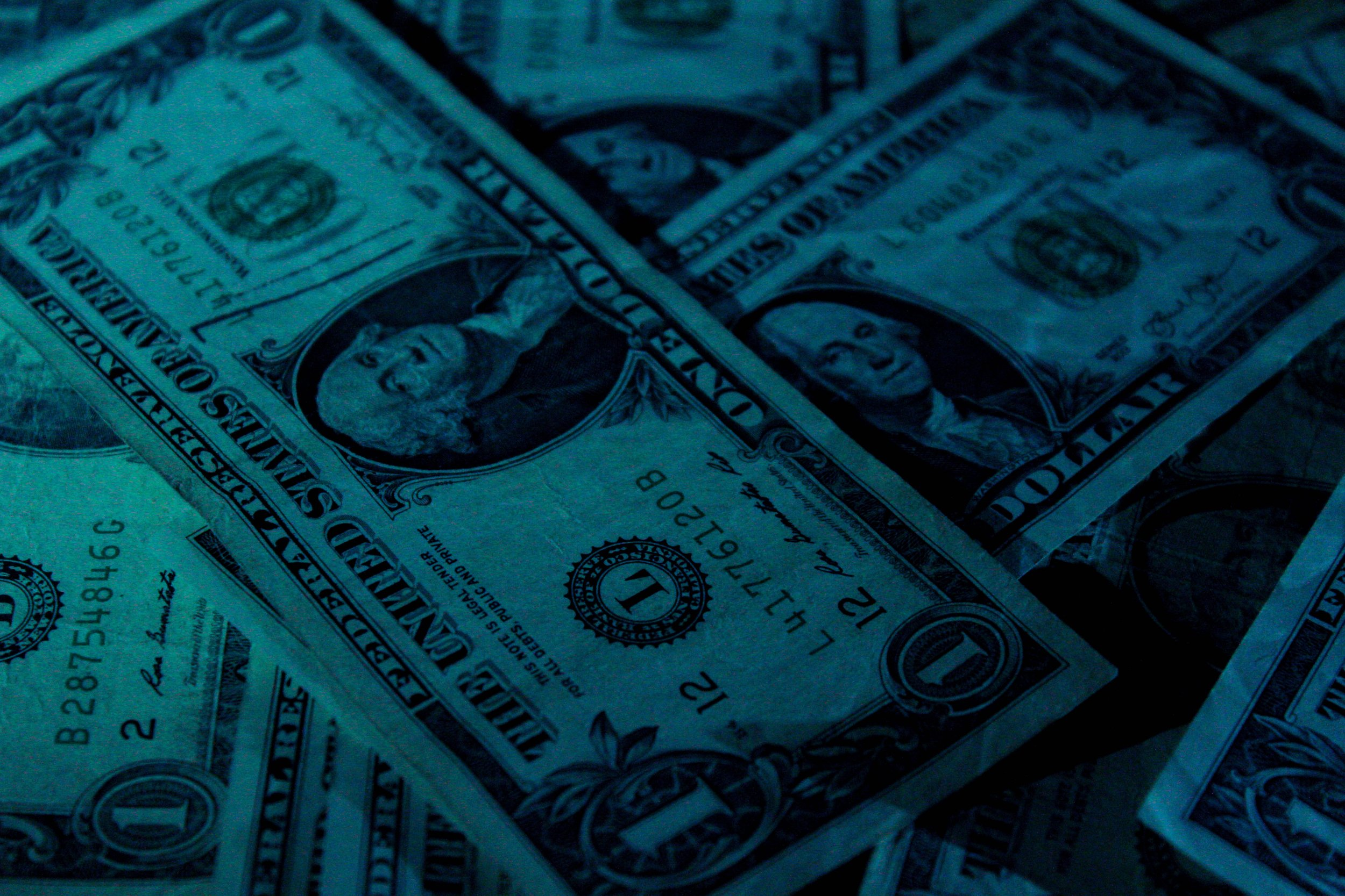 aidan-bartos-313782_Money.jpg