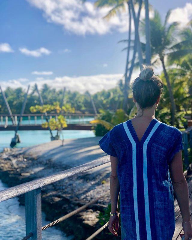 Sue [Bora Bora Summer 2019] 💙 #islandlife #aroundtheworld #oneofakind #adventure #bondidress