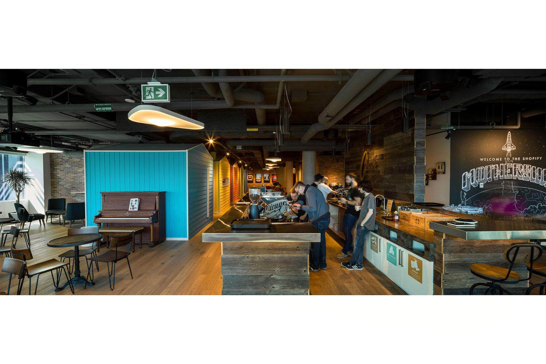 Photograph of a coffeeshop in Ottawa