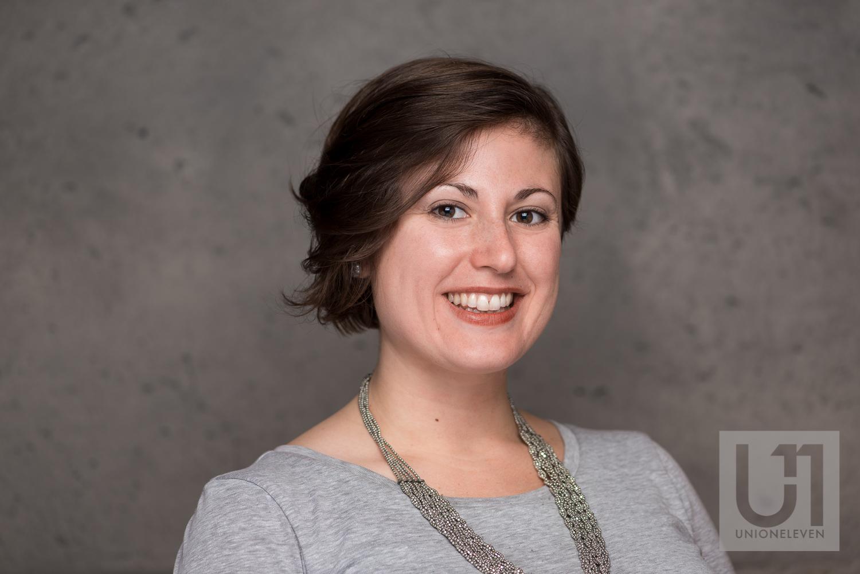 female-headshot-in-ottawa.jpg