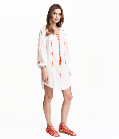 spring-2-hm-embroidered-tunic.jpg