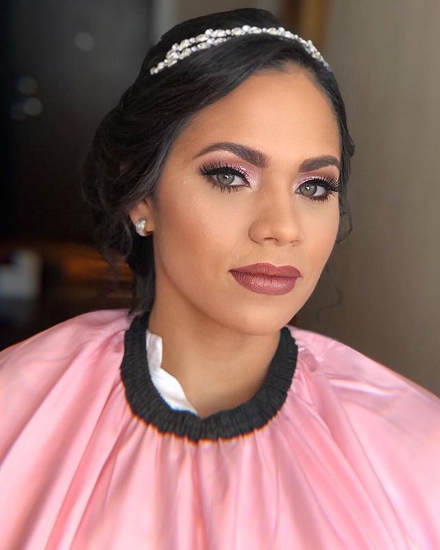 Beautiful bride 💖✨ #MakeupbyAnamia . . Hair by @thehairstylistrd  #AnamiaBeautyStudio