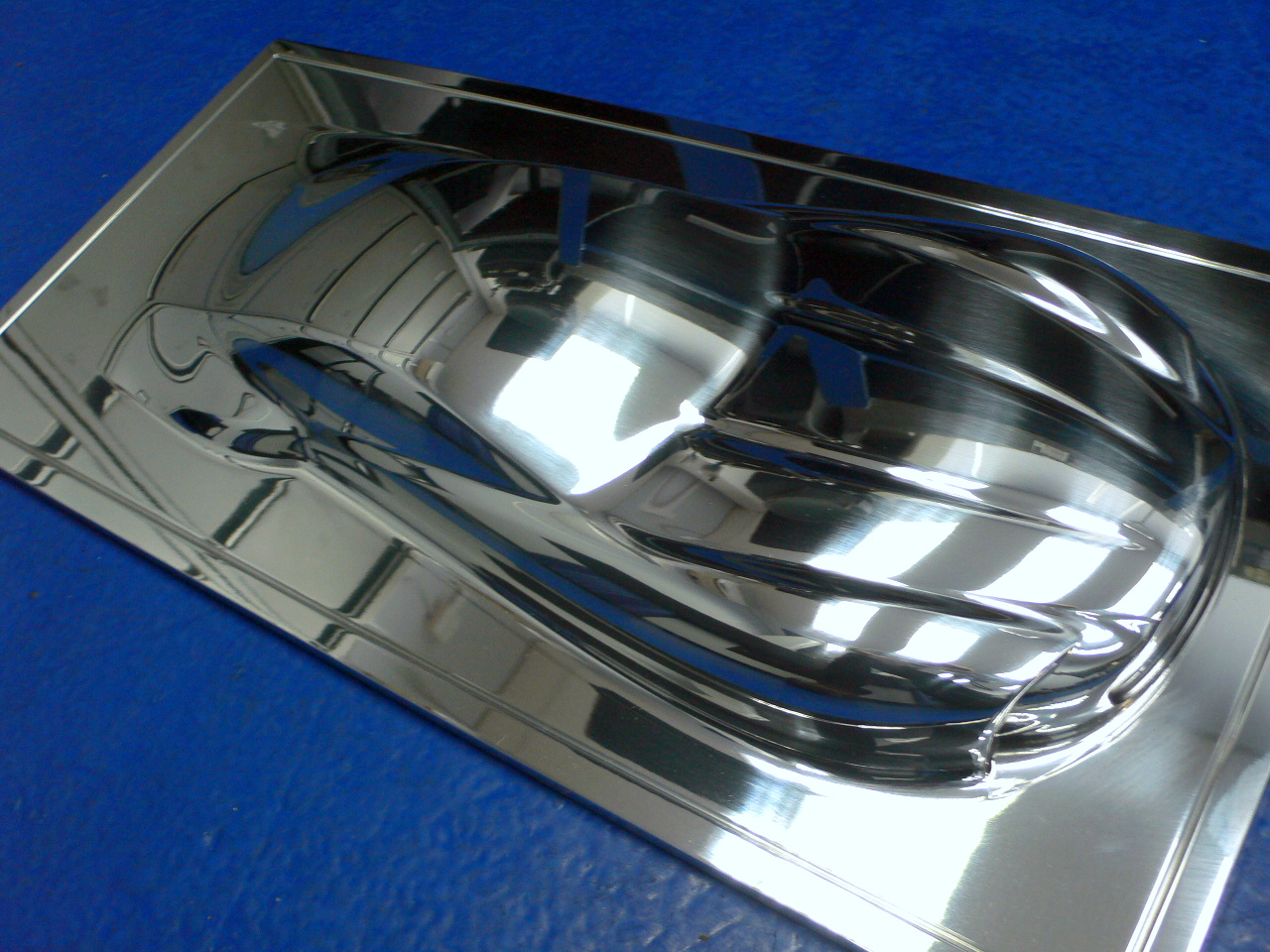 Car Silhouette from solid aluminium and polished