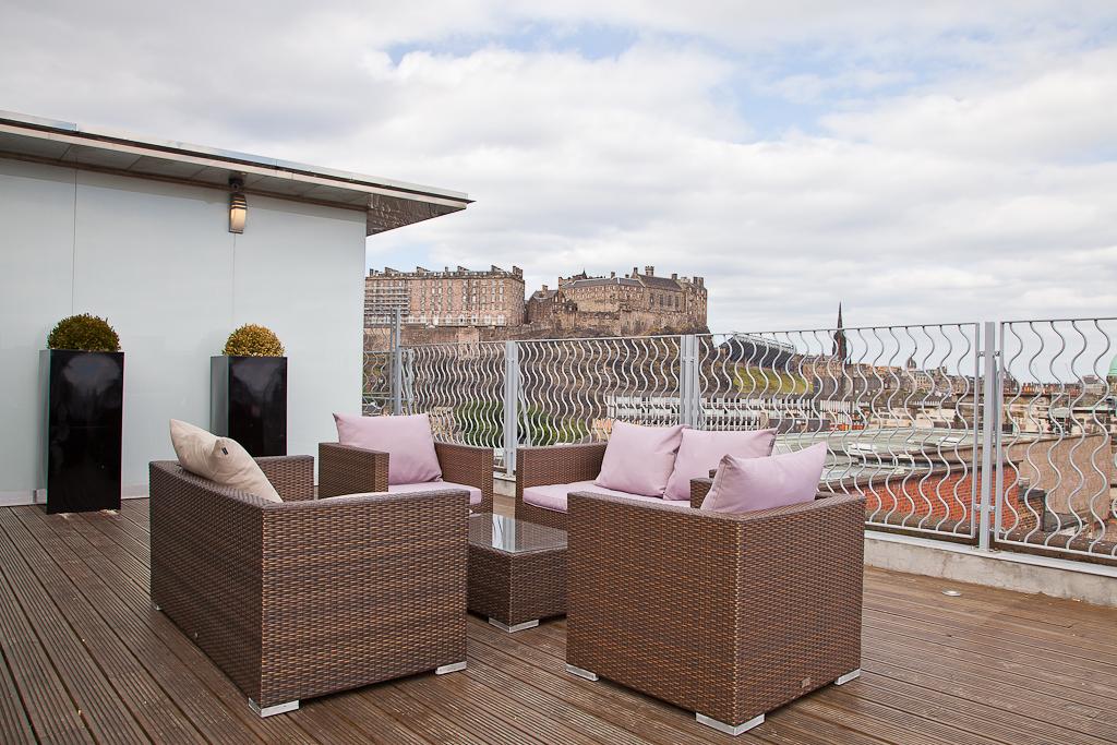SKYbar Edinburgh_20140703_0047 (2).jpg