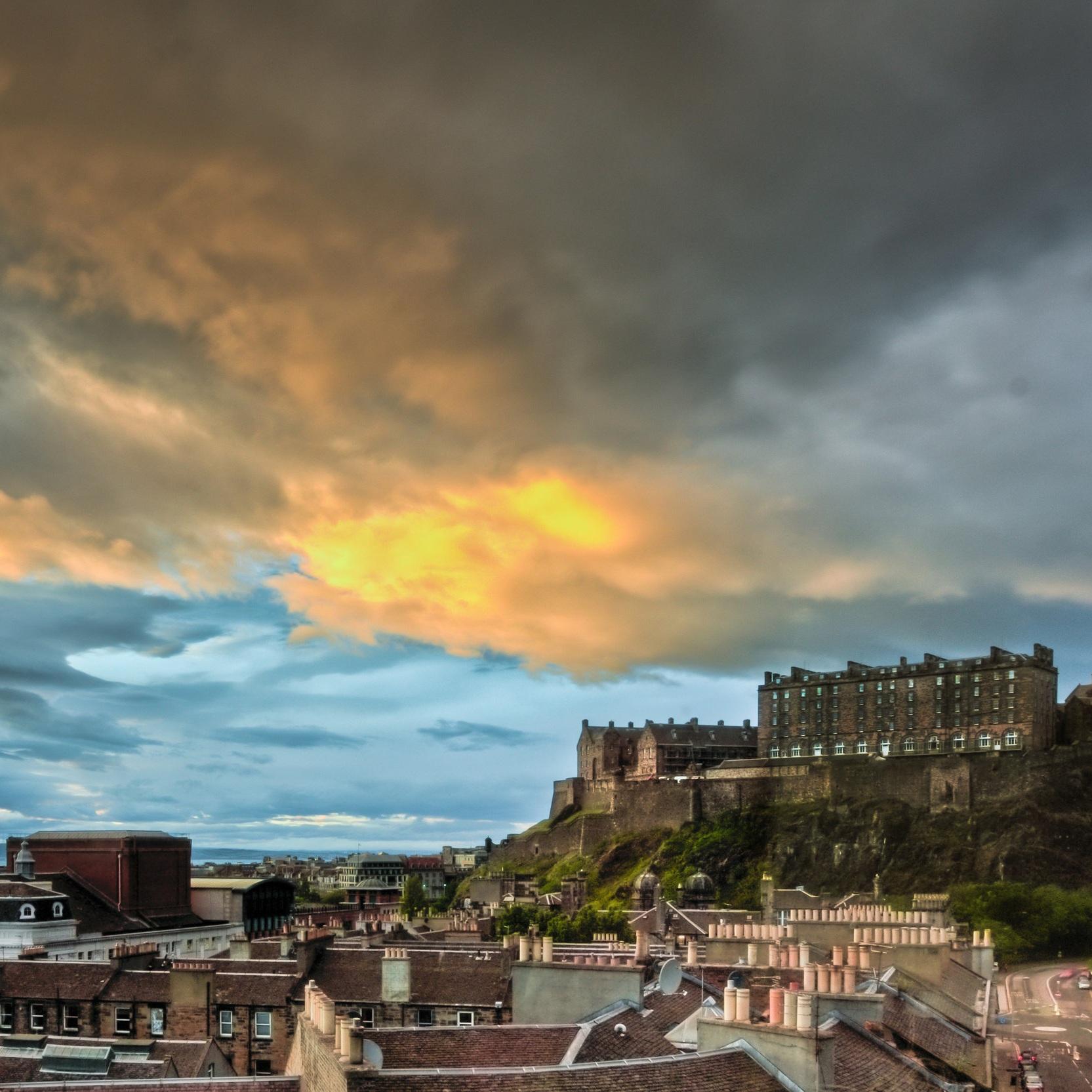 Sky bar edinburgh castle_no_stamp.jpg