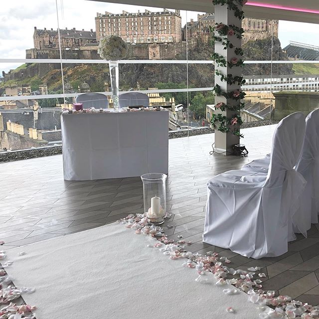 Perfect venue for any weather #SKYweddings #DTEdinburghcity #TheBestViewInTheCity