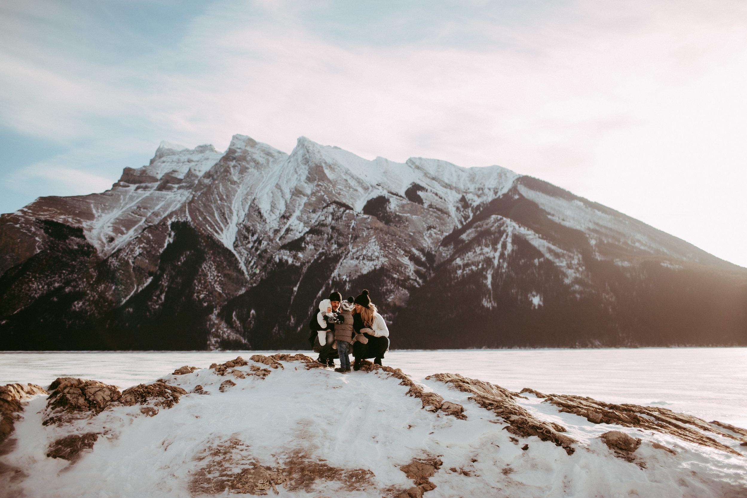 Warawa Family Banff_20170121-64.jpg