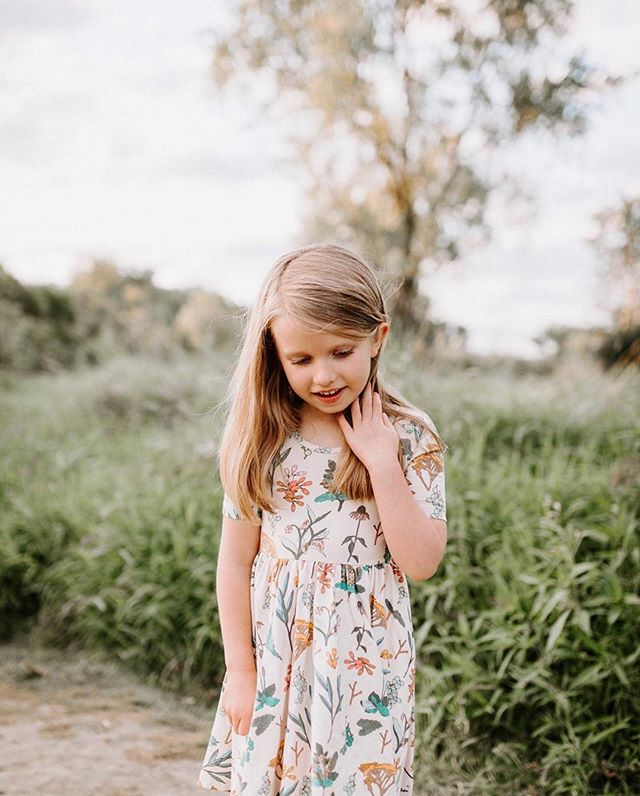 Isn't life a bit sweeter when you're with the ones you love? Hoping everyone is enjoying the holiday weekend!  Photo: @hannahvoermans  Mod: @priscillamarshallphotography