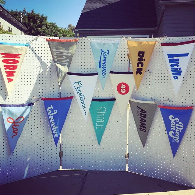Hey Talmadge, I'm testing out my new display. Selling pennants tonight from 5-6:30. Message me for address or check out NextDoor.