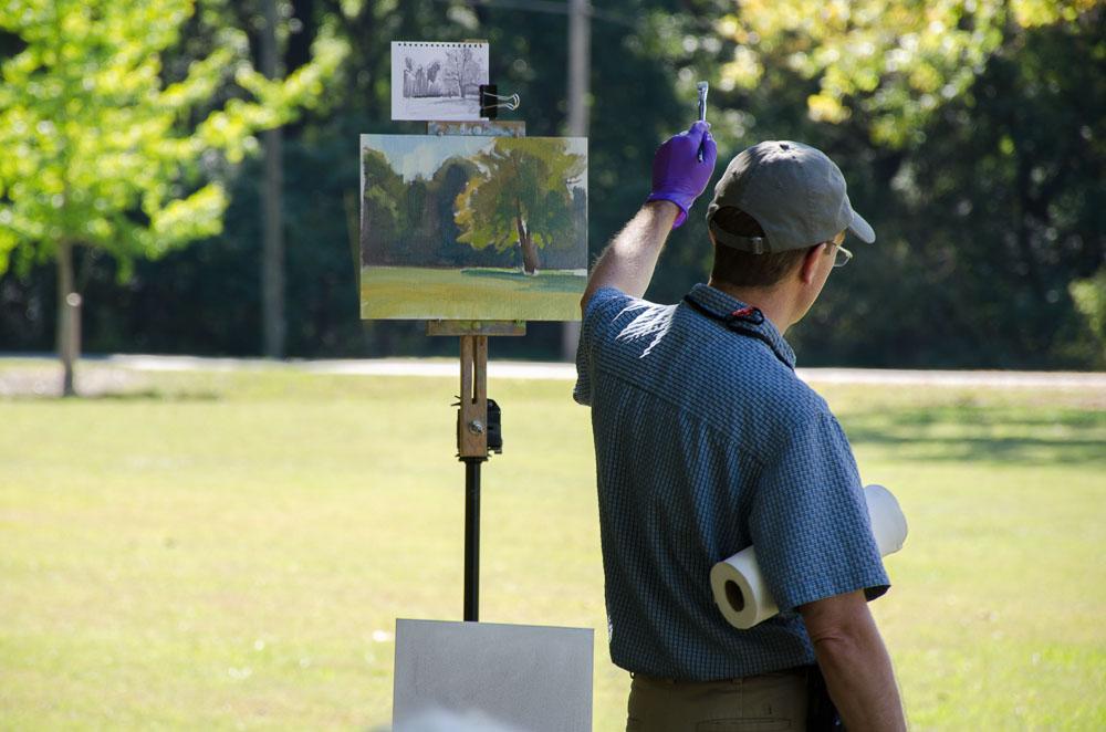 Scott demonstrates painting greens in bright sunlight
