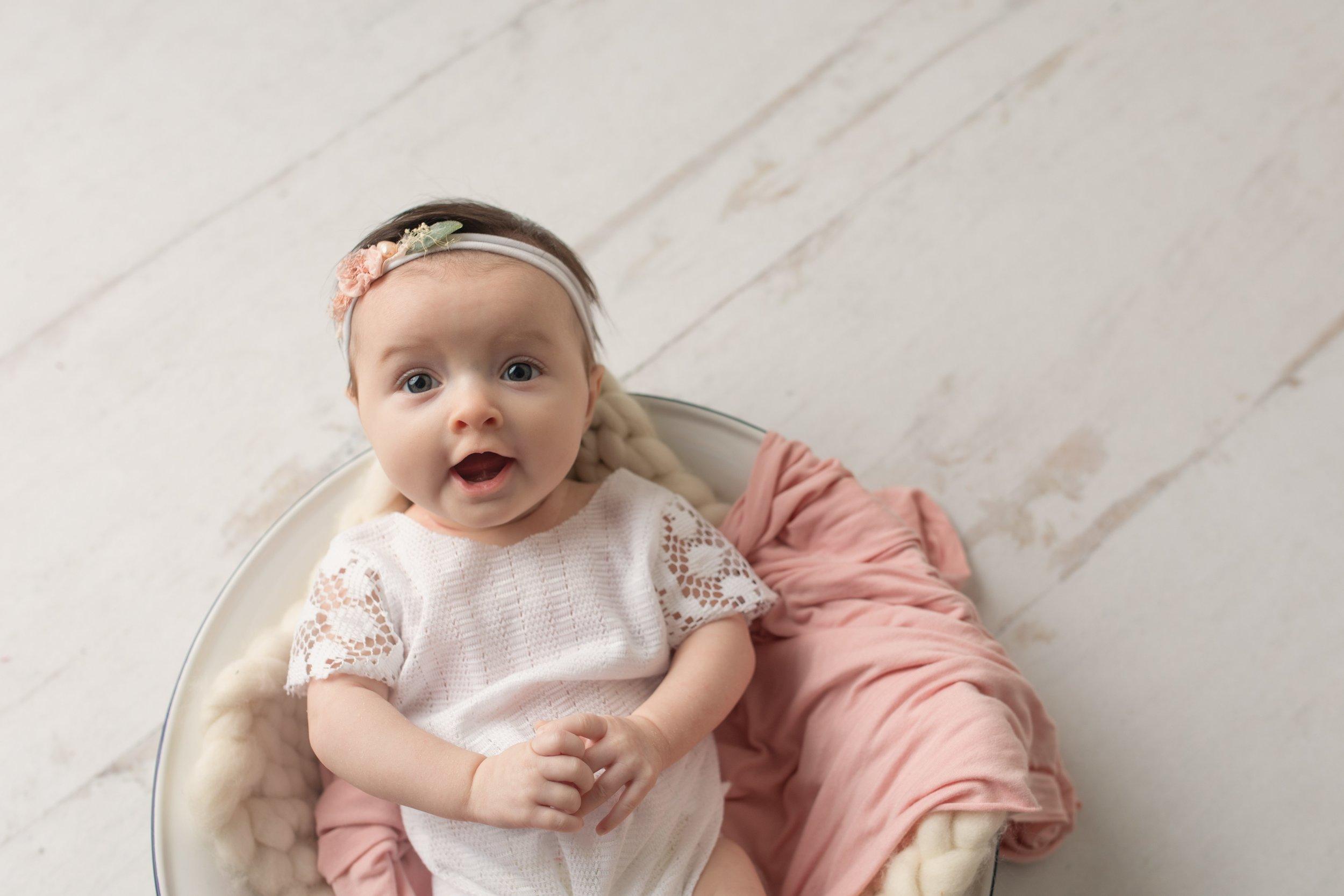 baby-photographer-conway-ar.jpg