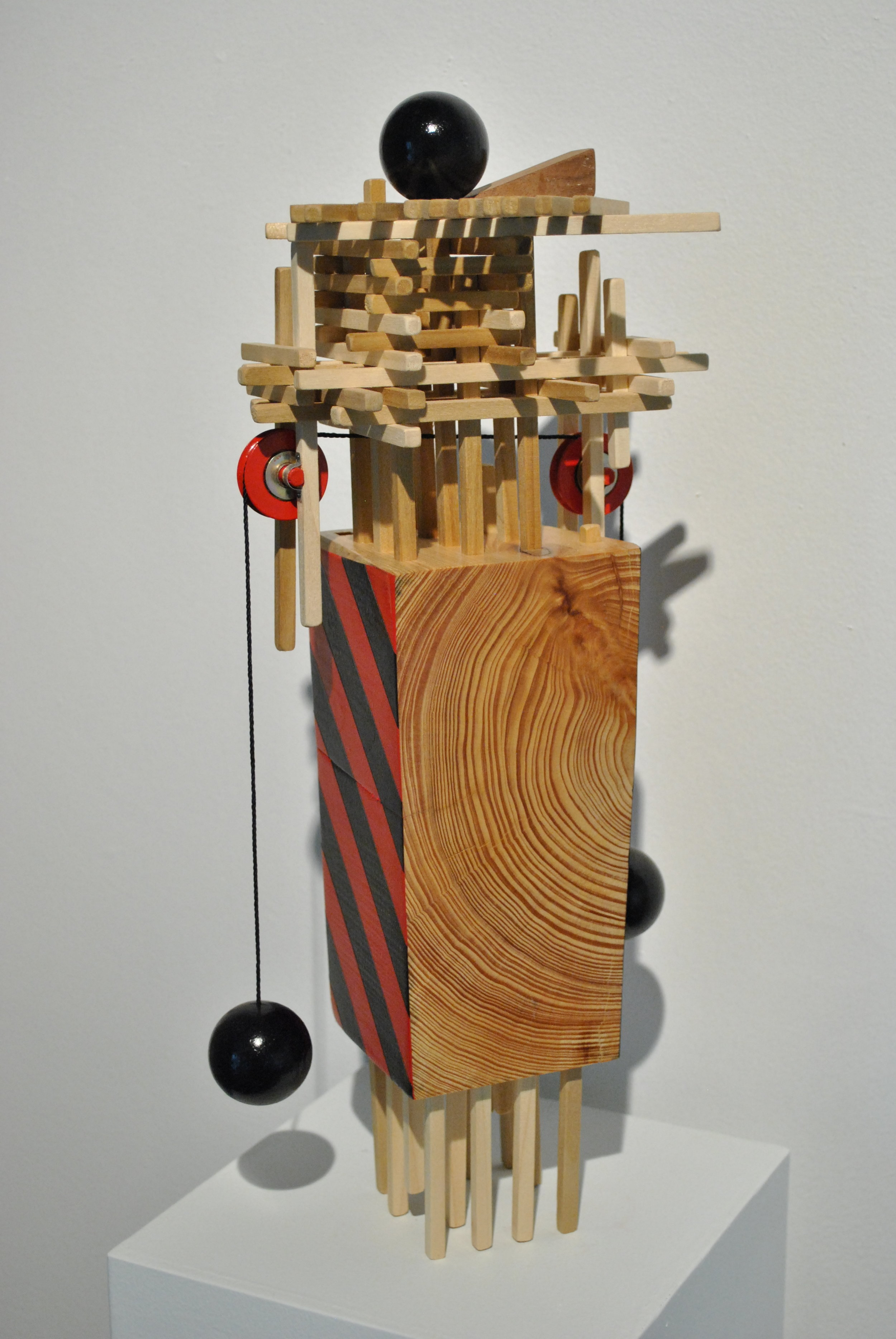 Damasas   Wood, casters, tar string