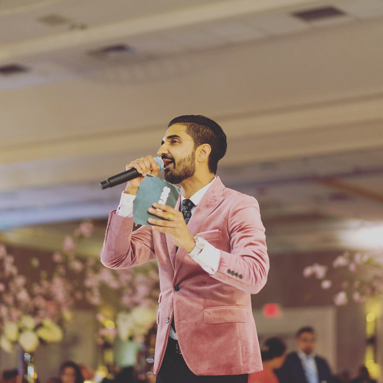 Gaurav Sood has been one of the most in-demand South Asian DJ's in North America since the early 2000's. He is the premier Indian DJ in New Jersey.