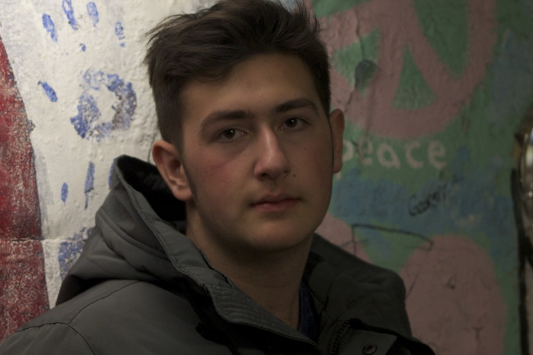 Columbia High Students Aid Syrian Refugees With Tutoring & So Much More