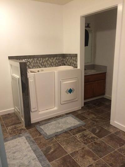 Home Living ADA bathtub-reduced.jpg