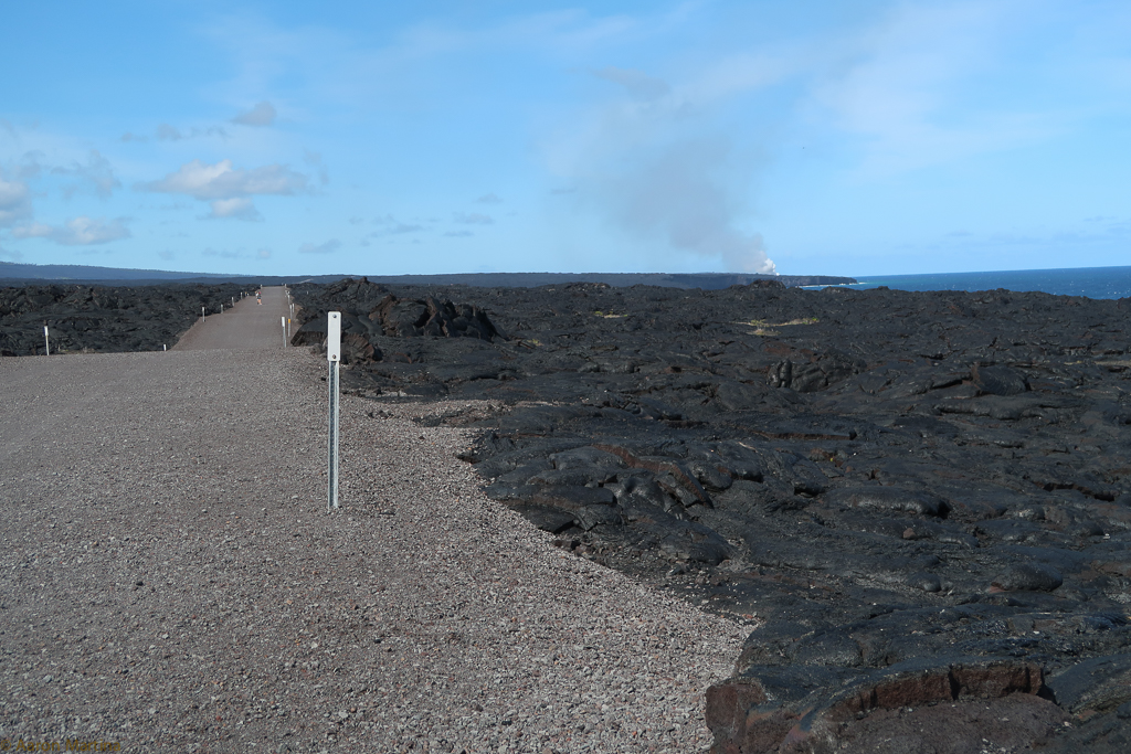 The hike to the current lava outflow