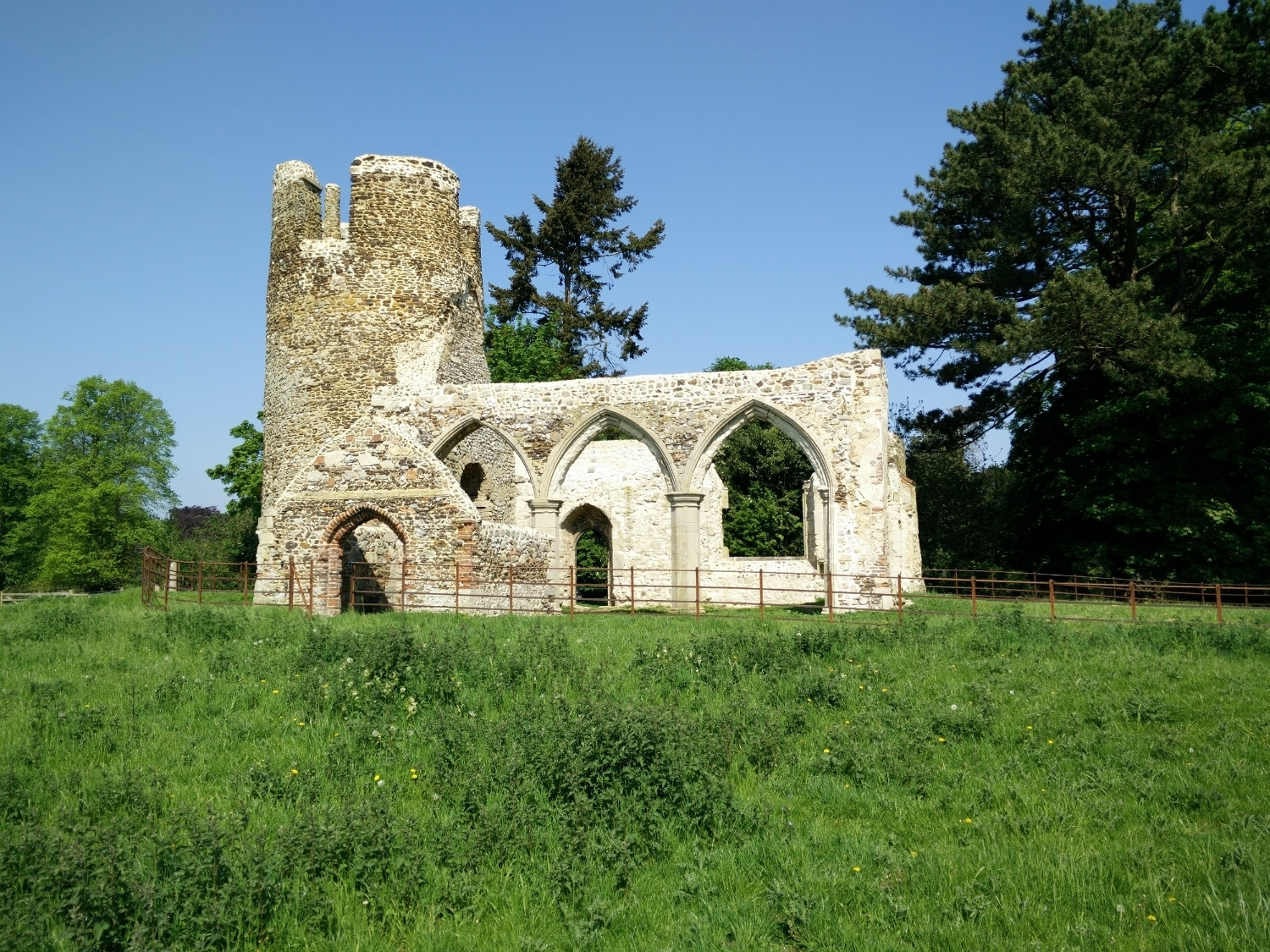 A small round towered church, ruined since the 18th century, which has recently been restored with grants from Historic England and The Norfolk Churches Trust.