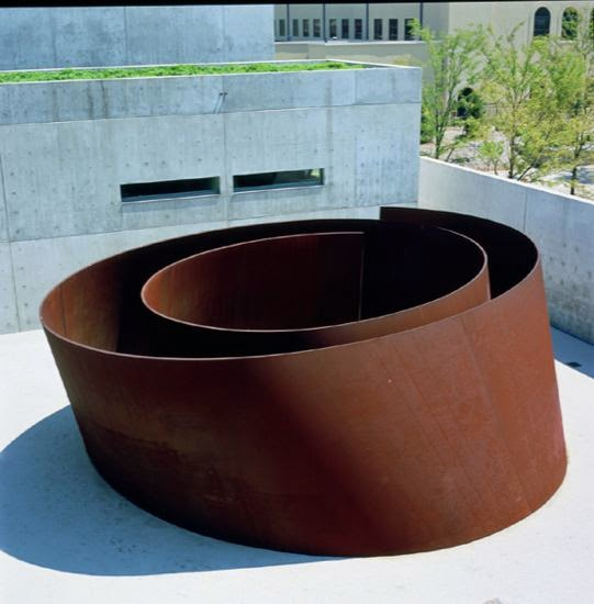 Sculpture by Richard Serra. Pulitzer Foundation for the Arts, St. Louis, MO. http://2.bp.blogspot.com/-_6MODuUGVIw/U1PWcbhfTkI/AAAAAAAATRI/4xXAQiHZdUY/s1600/joe.jpg