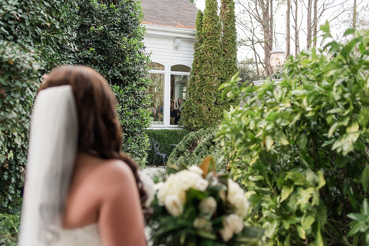 Now, depending on the couple, you can have your first look secluded .......or...... you can include your family and friends in on the special moment. Everyone watched from inside as Brandy & Jason saw each other for the first time - they were all so excited!