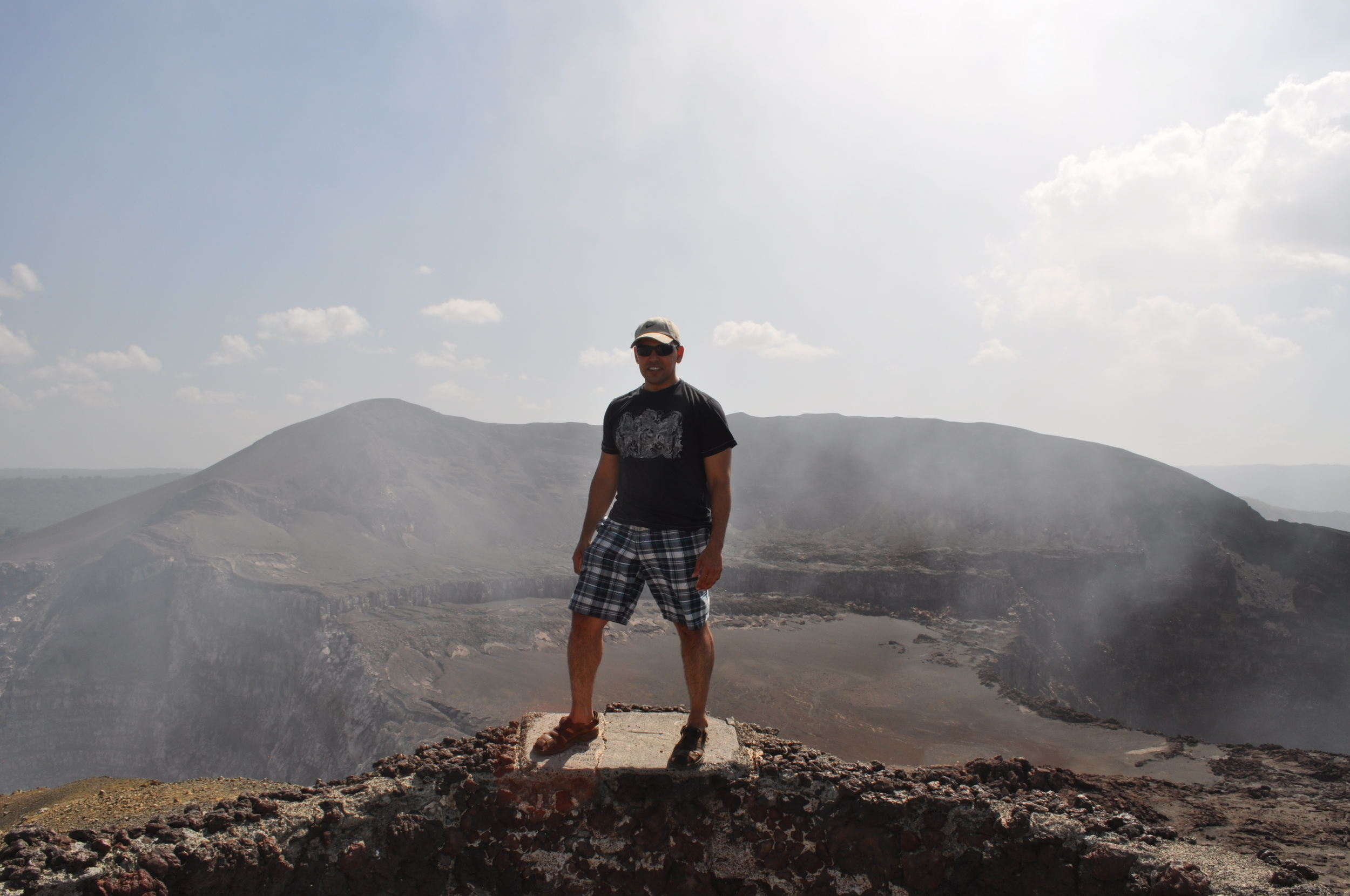 Volcano's edge.JPG