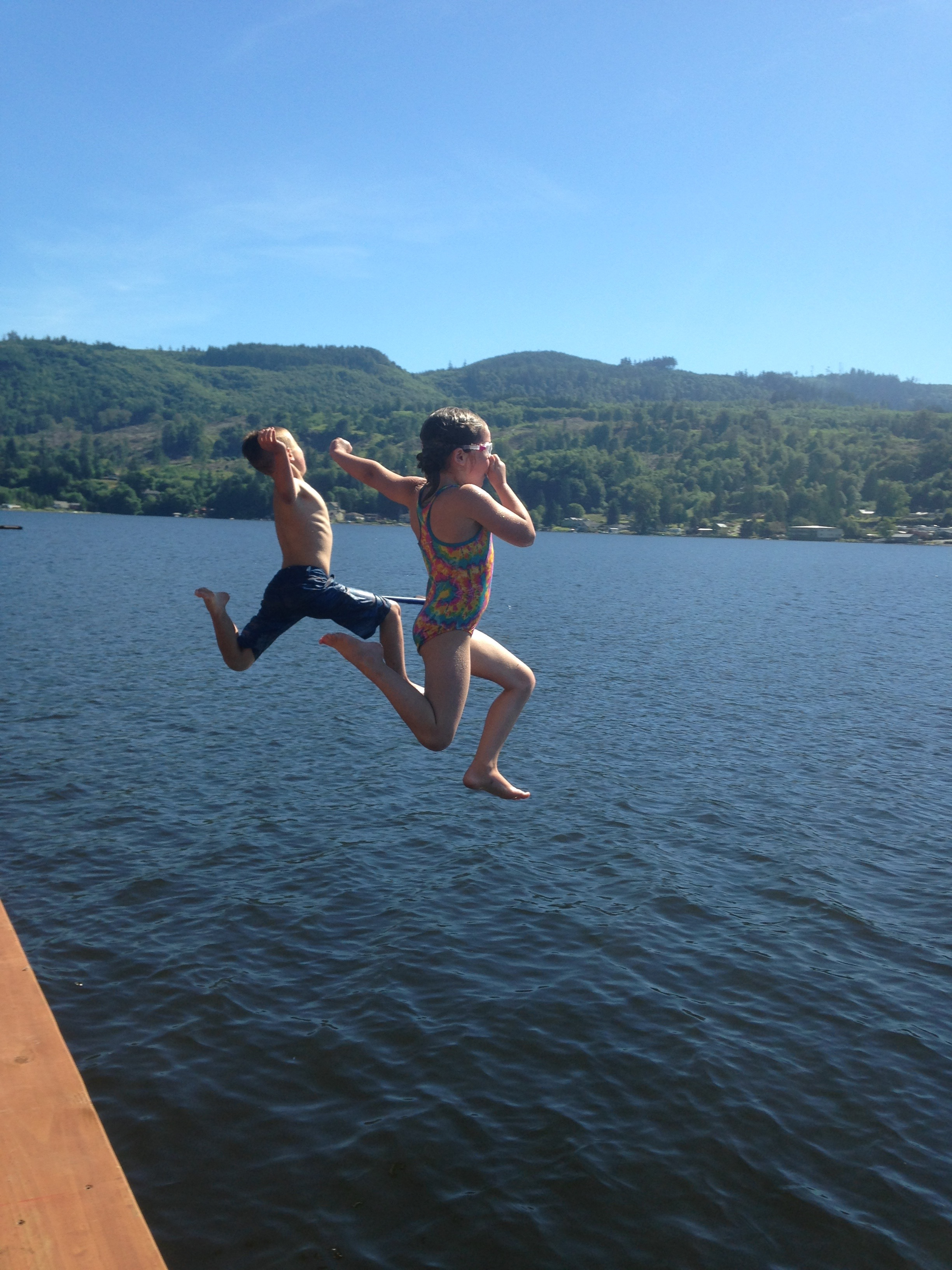 Kids jump.png