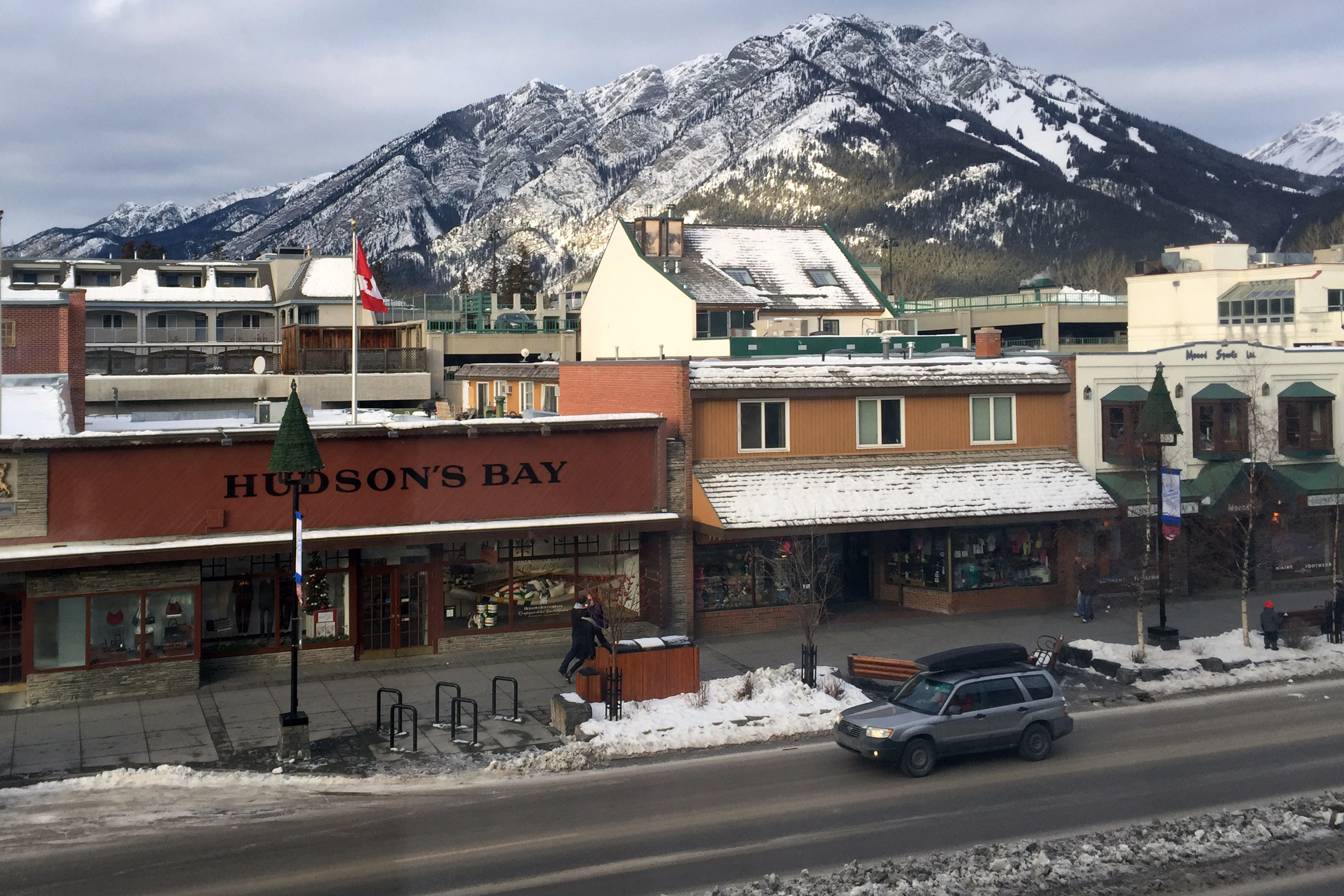 LAN Solutions - Banff Ave.jpg