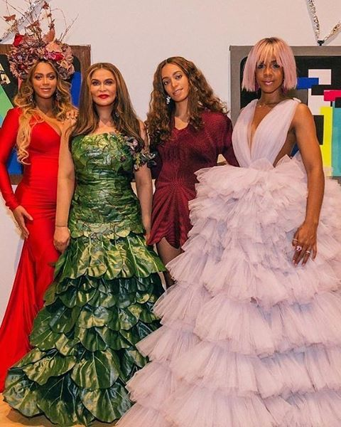 Harold & Belle's was honored to serve 400 VIP guests at Tina Knowles and Richard Lawson's Wearable Art Gala for WACO Theater Center. They raised almost $1M for their new theater space, and it was an amazing blend of art, music, culture charity and of course classic Creole cuisine! #wearableartgala #wearableartgala2017 #wacotheatercenter #tinaknowles #richardlawson #beyonce #jayz #solange #kellyrowland #magicjohnson #russellsimmons #samuelljackson #creole #haroldandbelles #nolainla #redcarpet #moet #livenation #brandeeevans #diamantetequila #seancarterfoundation