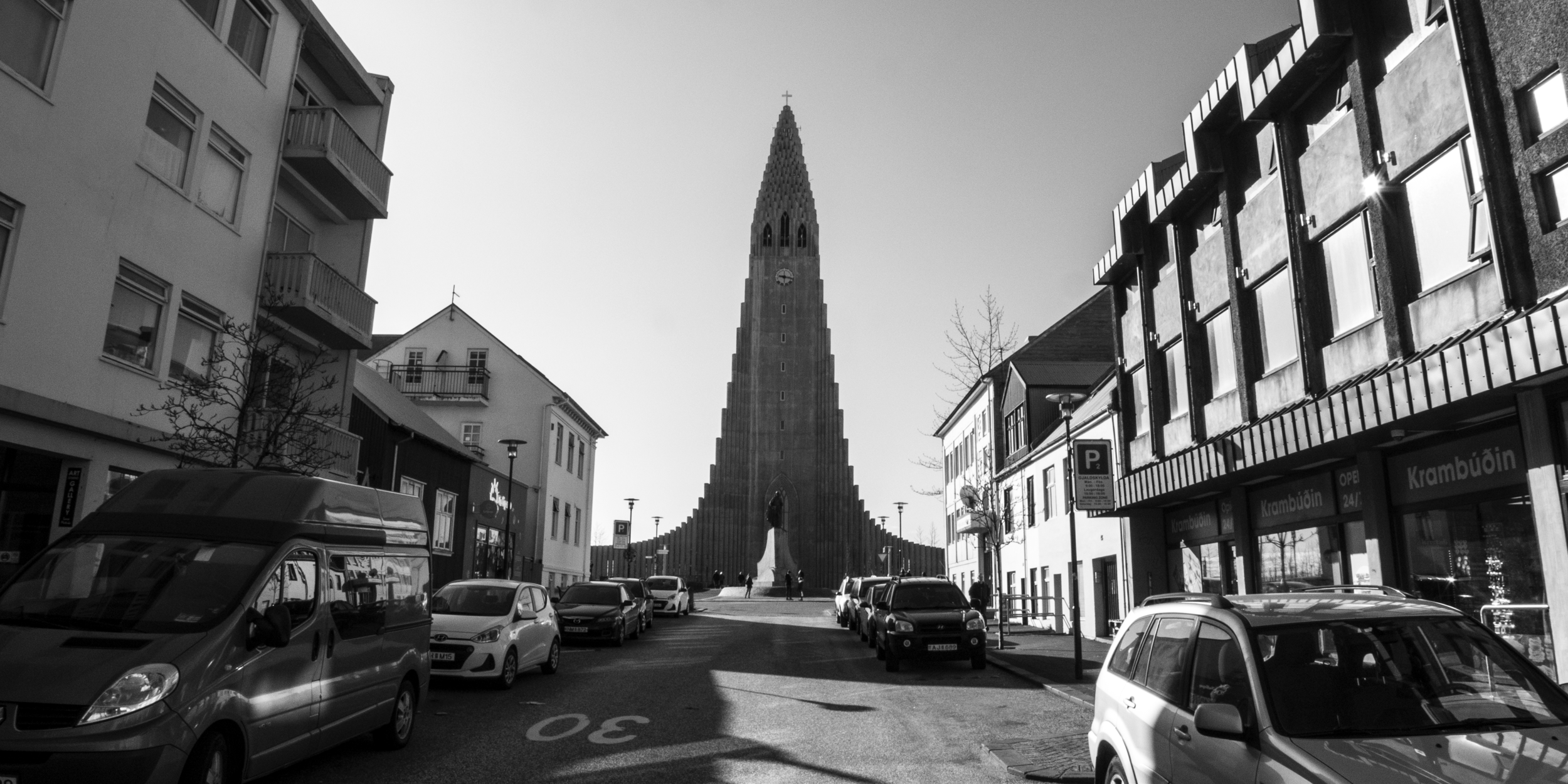 ICELAND_CHURCH_20x10.png