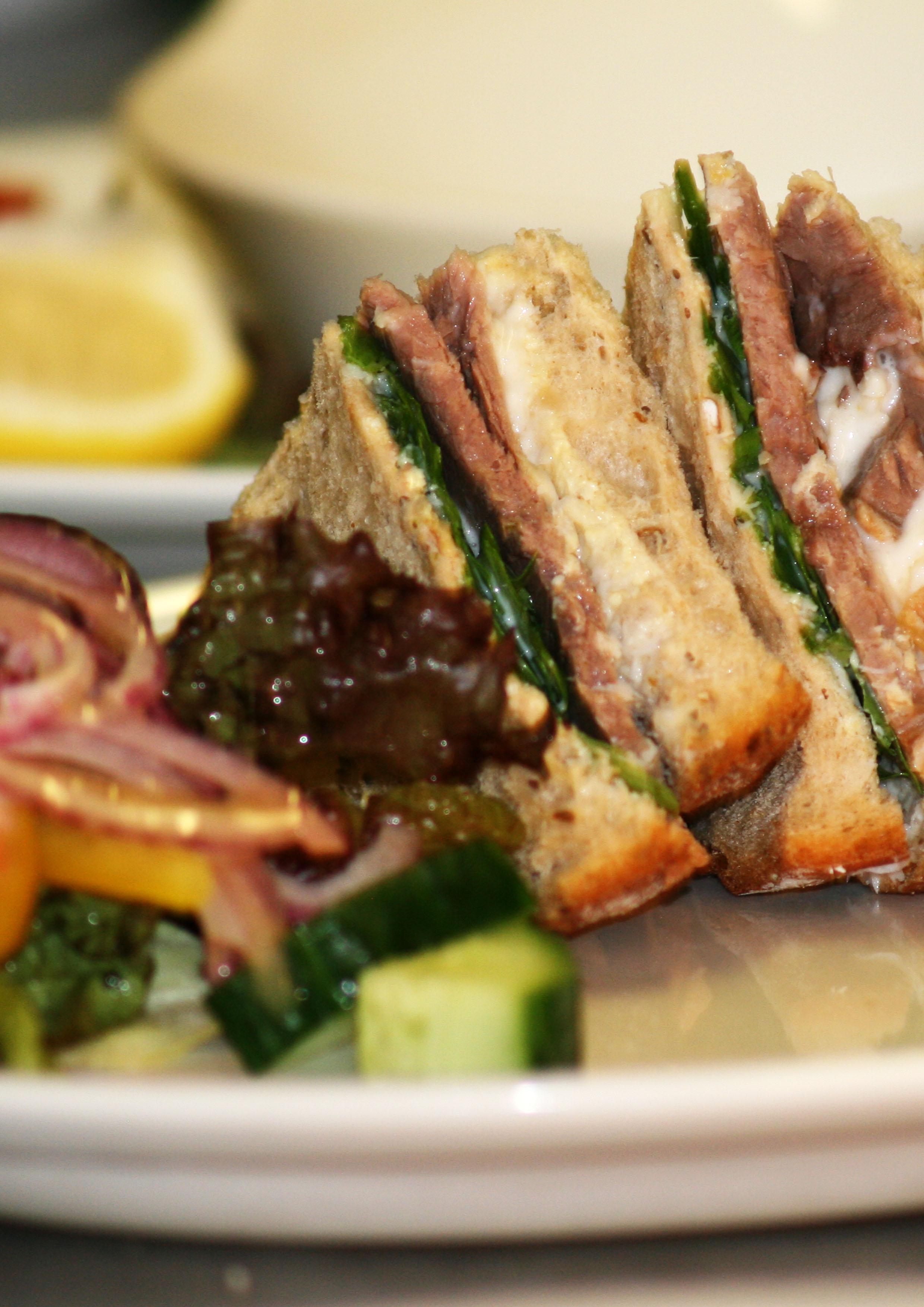 Beef sandwich 1.jpg