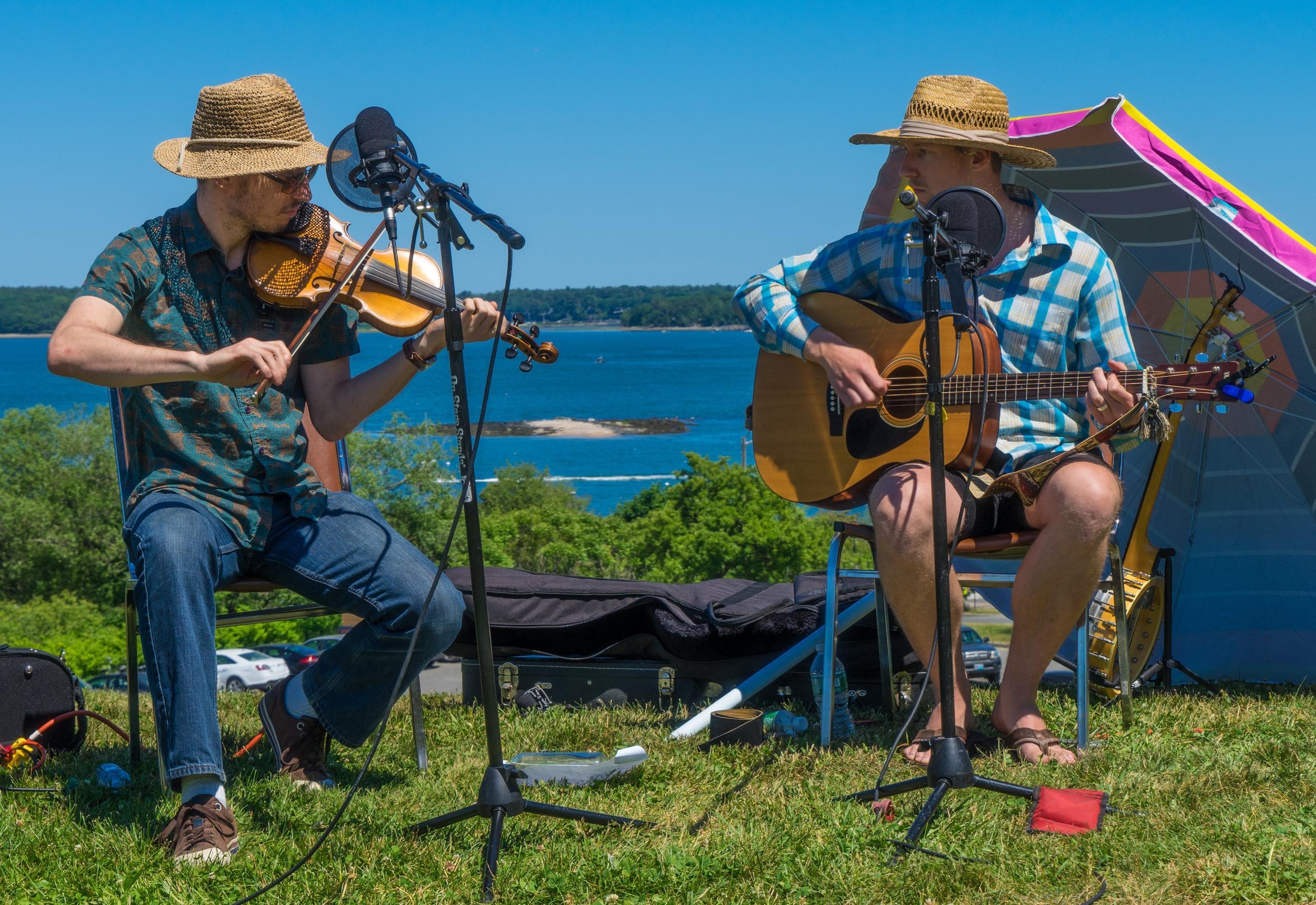 Folk musicians at Funjoy. Photo by Kevin Schochat.
